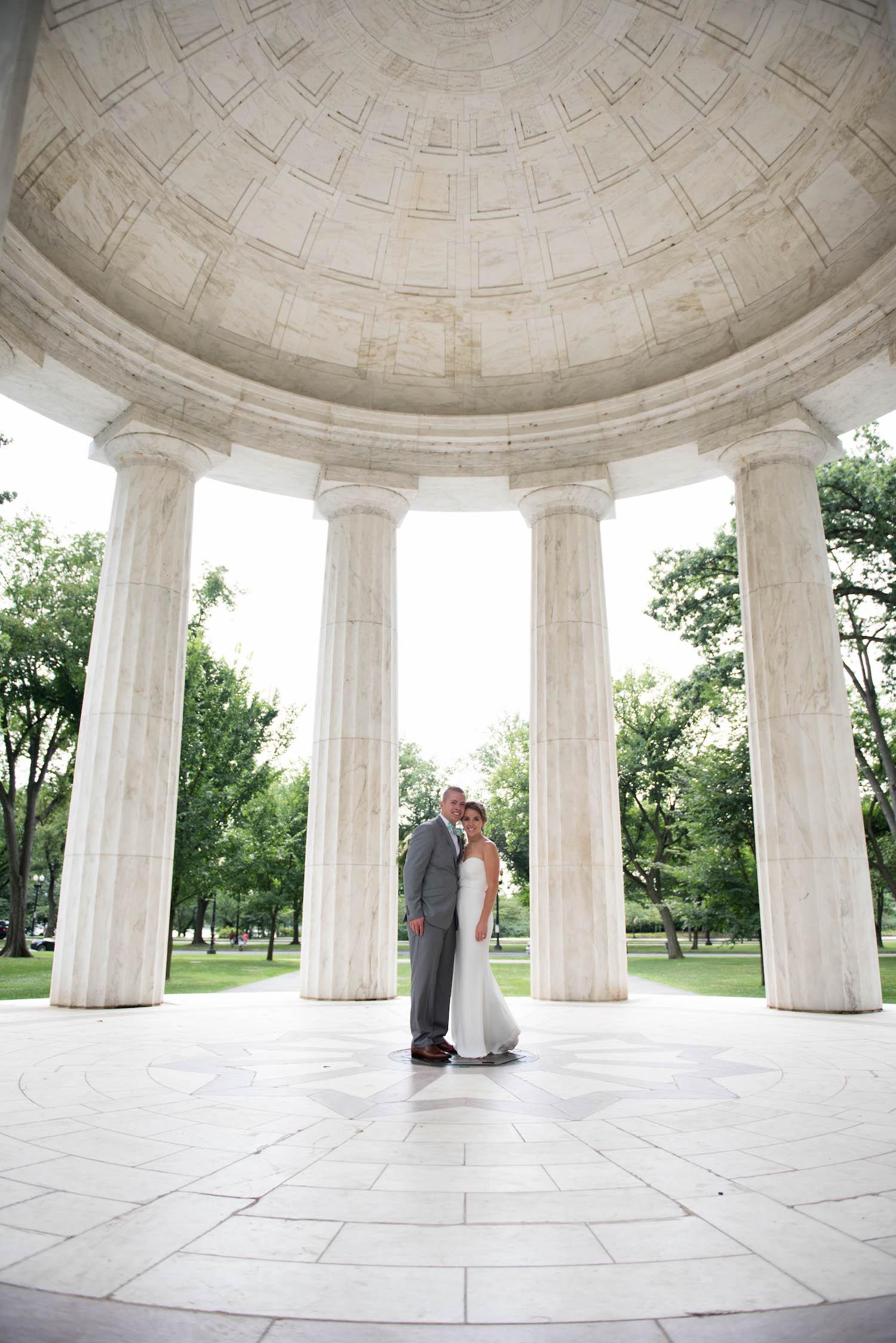 Washington DC Wedding - Sincerely Pete Events - Erin Tetterton Photography - DC War Memorial Photos