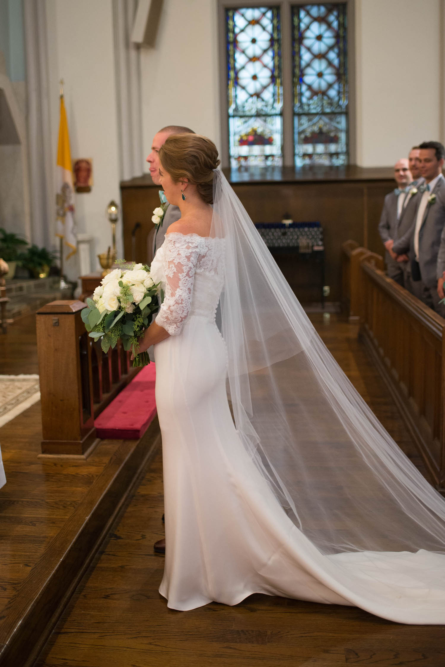 Washington DC Wedding - Sincerely Pete Events - Erin Tetterton Photography - Bride at the Altar