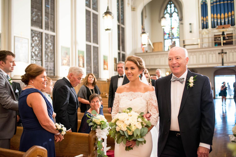 Washington DC Wedding - Sincerely Pete Events - Erin Tetterton Photography - Bride Walking Down the Aisle