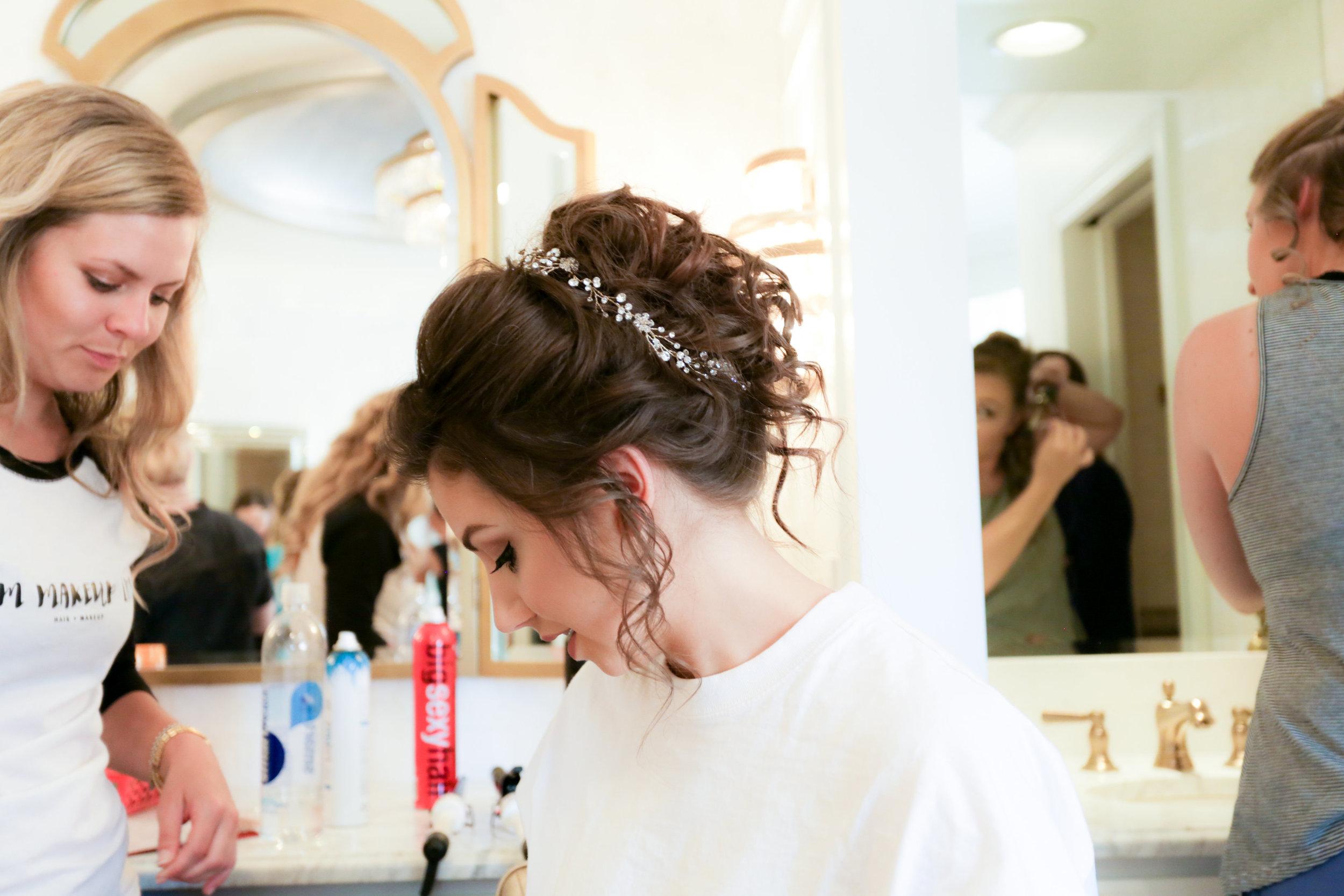 Maggie Tony Wedding-Getting Ready Girls-0035.jpg