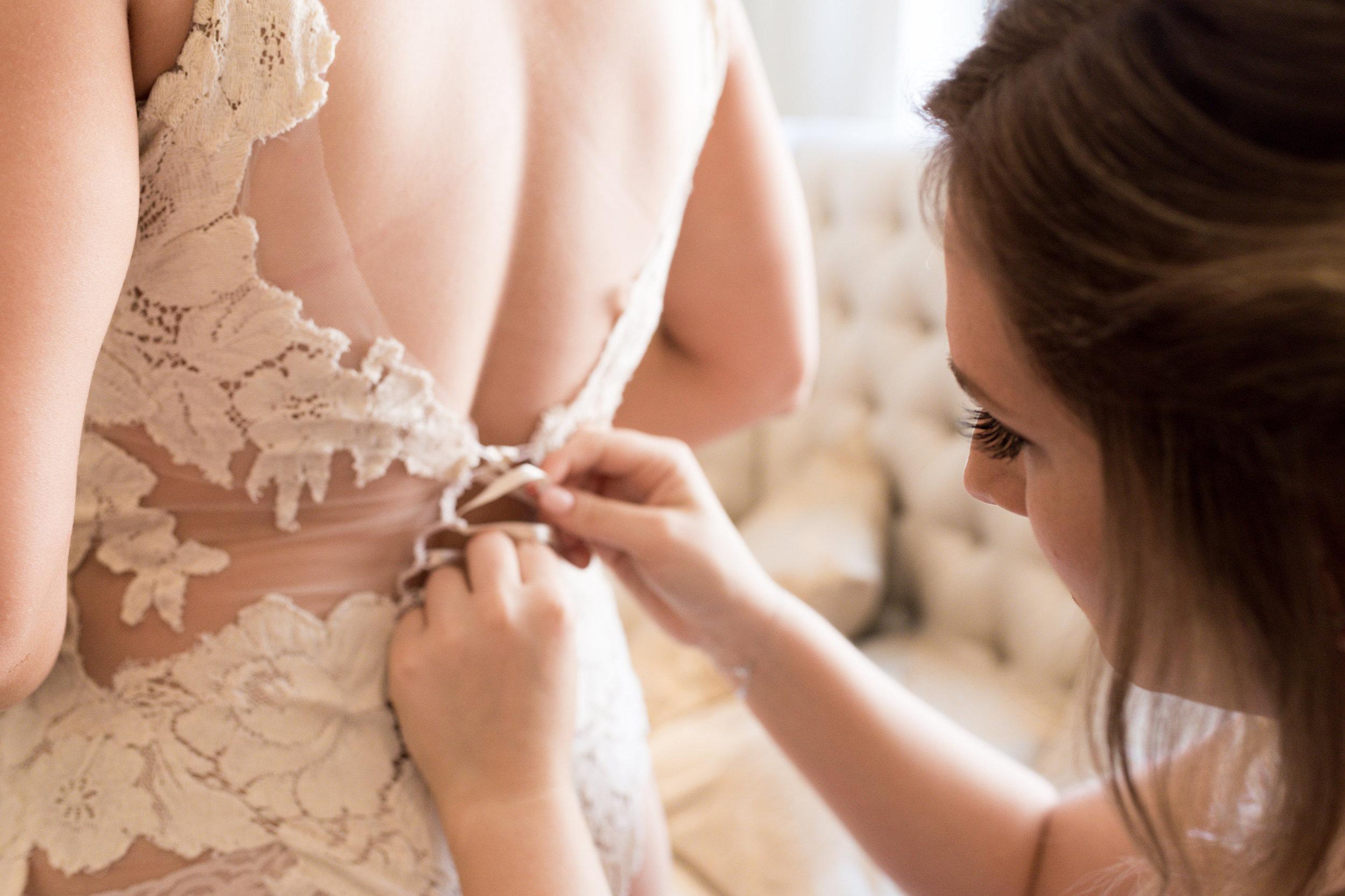 Maggie Tony Wedding-Getting Ready Girls-0151.jpg