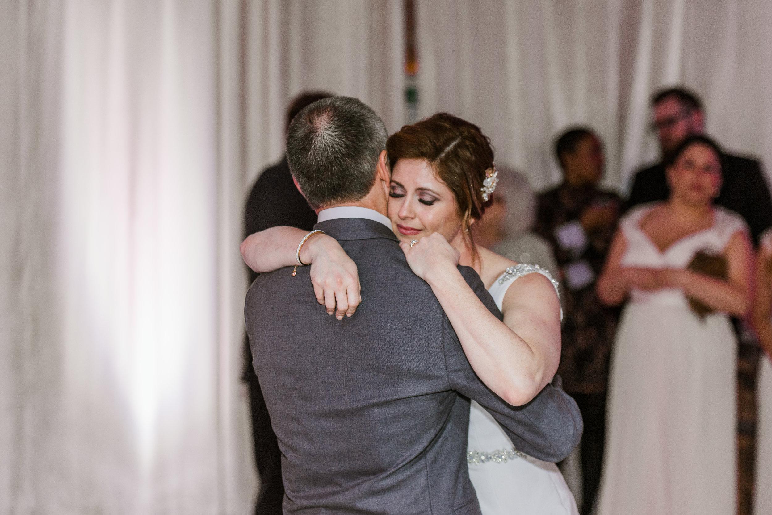 Blake-Graha-Floating-World-Gallery-Chicago-Wedding_Gavyn-Taylor-Photo (11 of 14).jpg