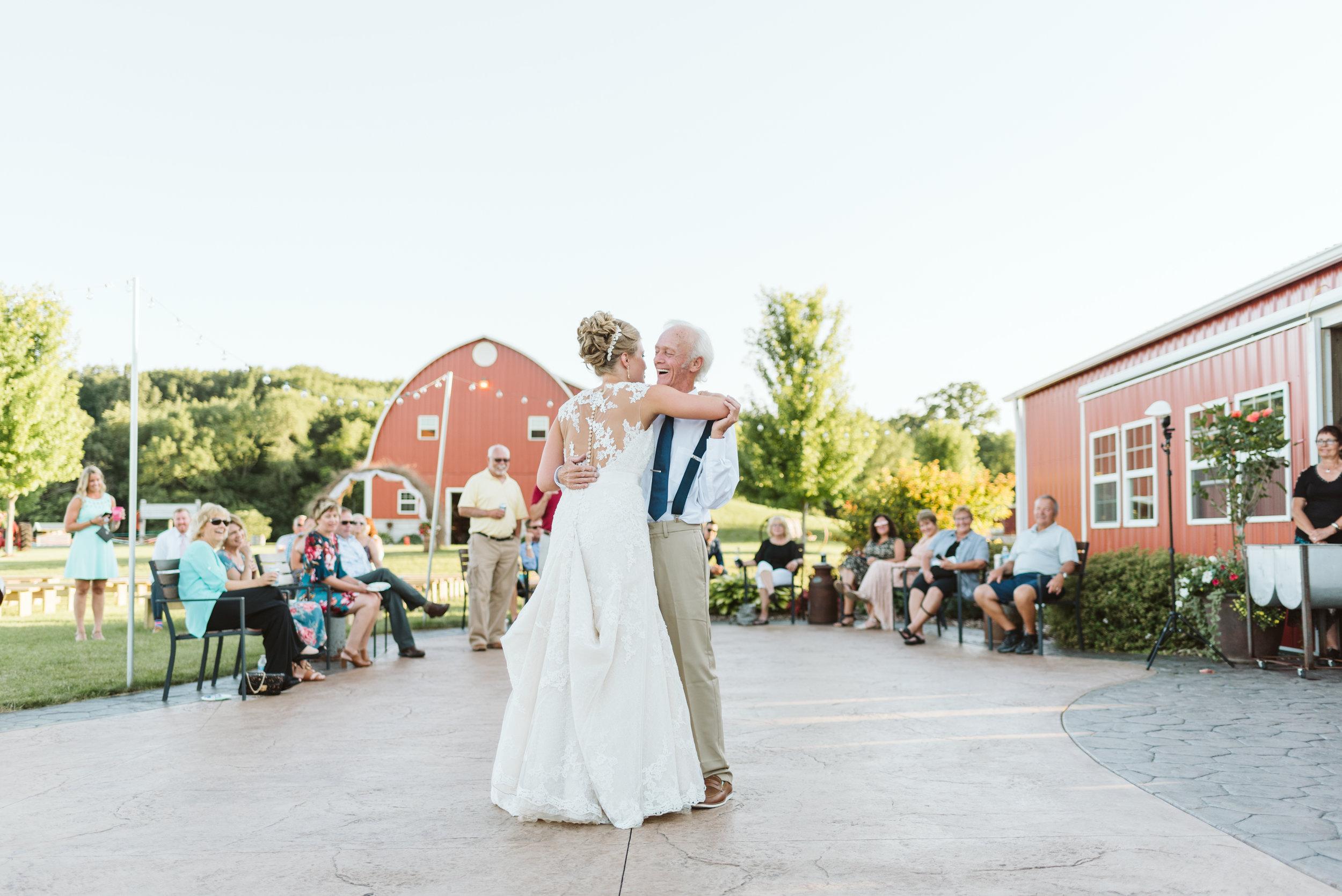 Fort Atkinson Wedding Photographer Busy Barns Adventure Farm Wedding