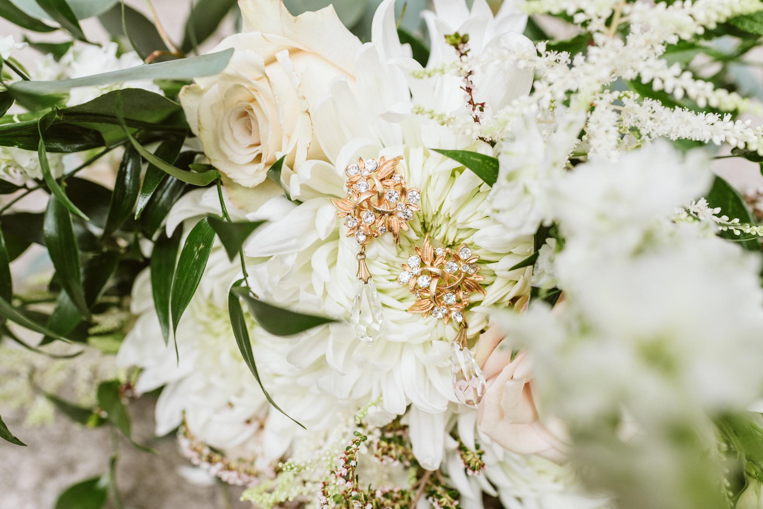 Horticultural_Hall_Lake_Geneva_wedding_Gavyn_Taylor_Photo_021.JPG