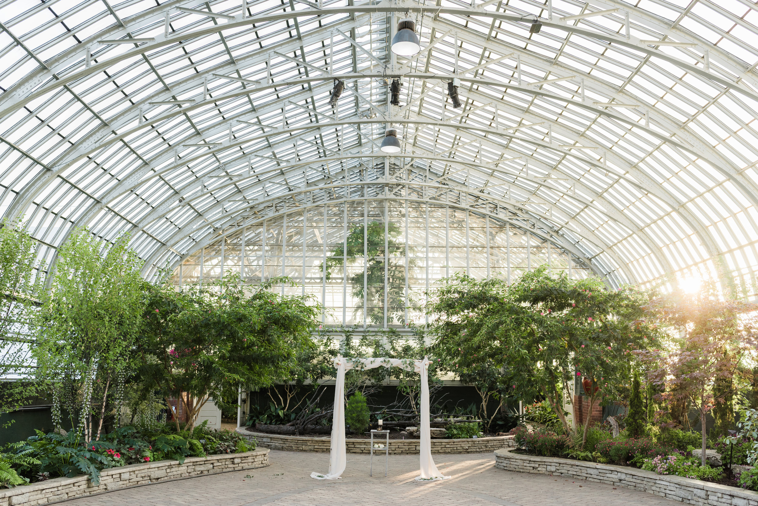 Garfield Park Conservatory Wedding.Garfield Park Conservatory Wedding Chicago Illinois Gavyn Taylor