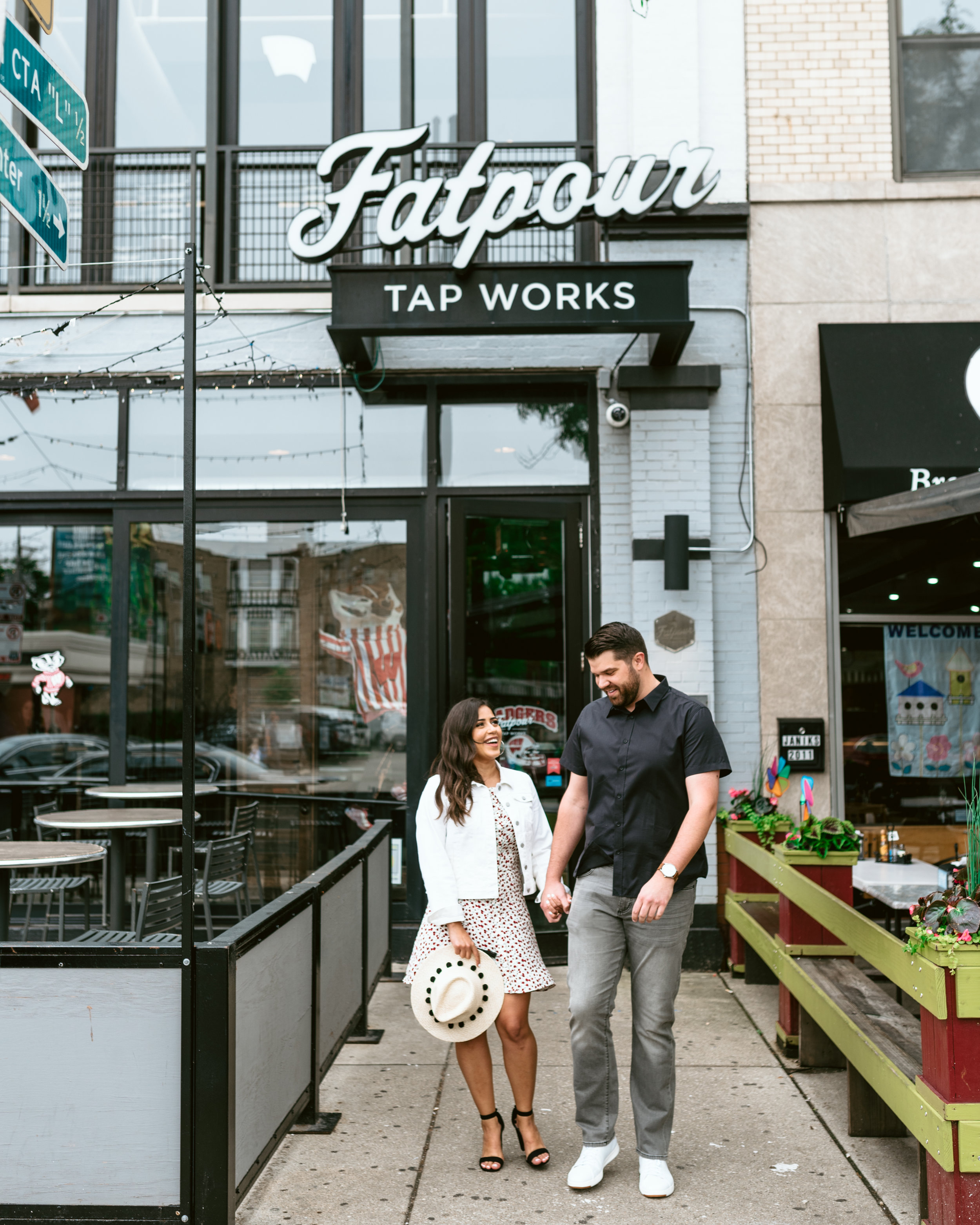 Fatpour Wicker Park Chicago Engagement Session