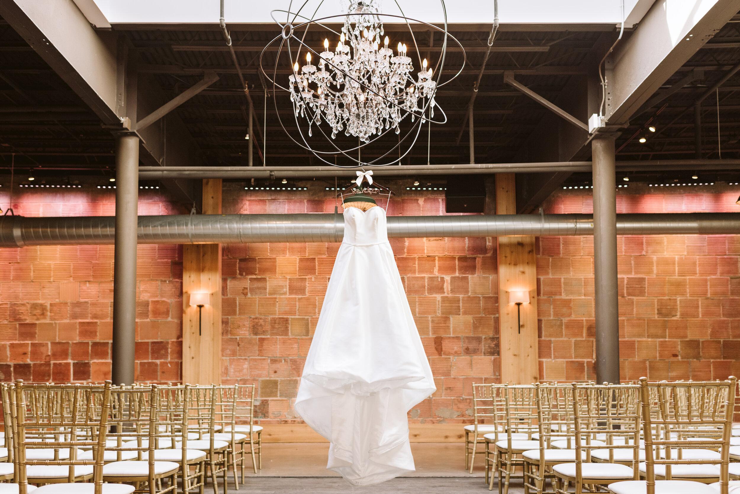 The Atrium Milwaukee Wedding Photographer Gavyn Taylor Photo