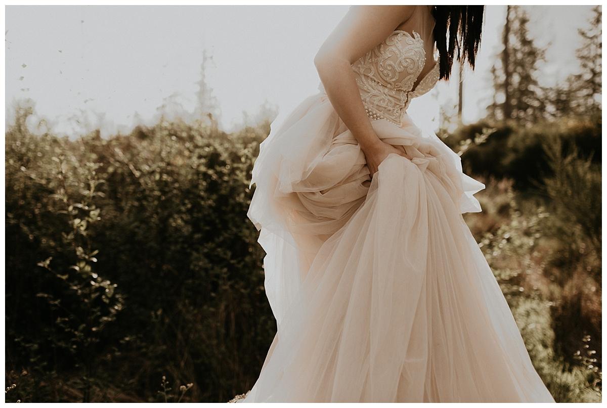 Bixby+Pine-PNW-Wedding-Planners-And-Designers-Samantha-McFarlen-Adi-Shlomo-Bridal_1066.jpg
