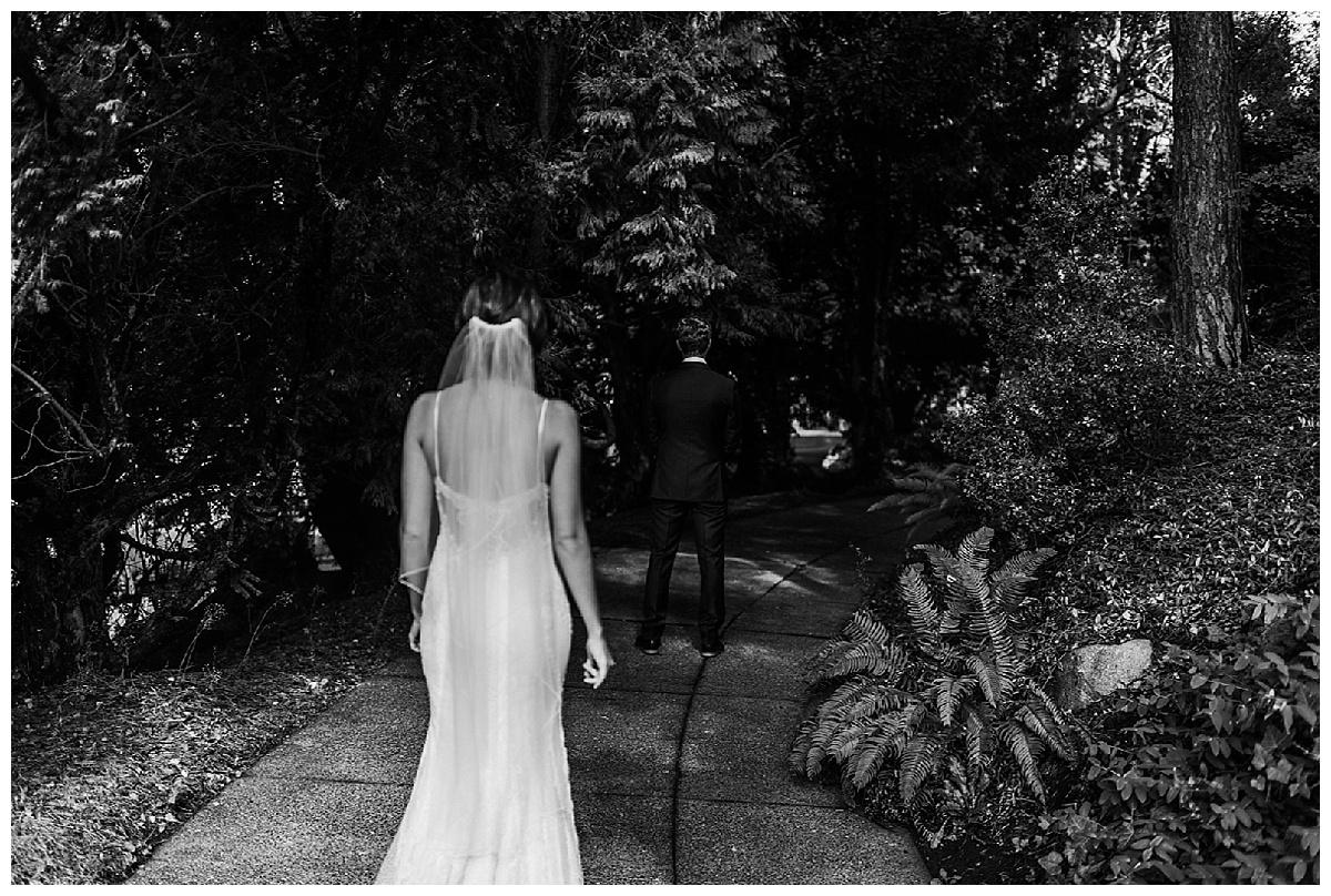 Bixby+Pine-Seattle-Wedding-Planners-Laurken-Kendall-Within-Sodo_0015.jpg