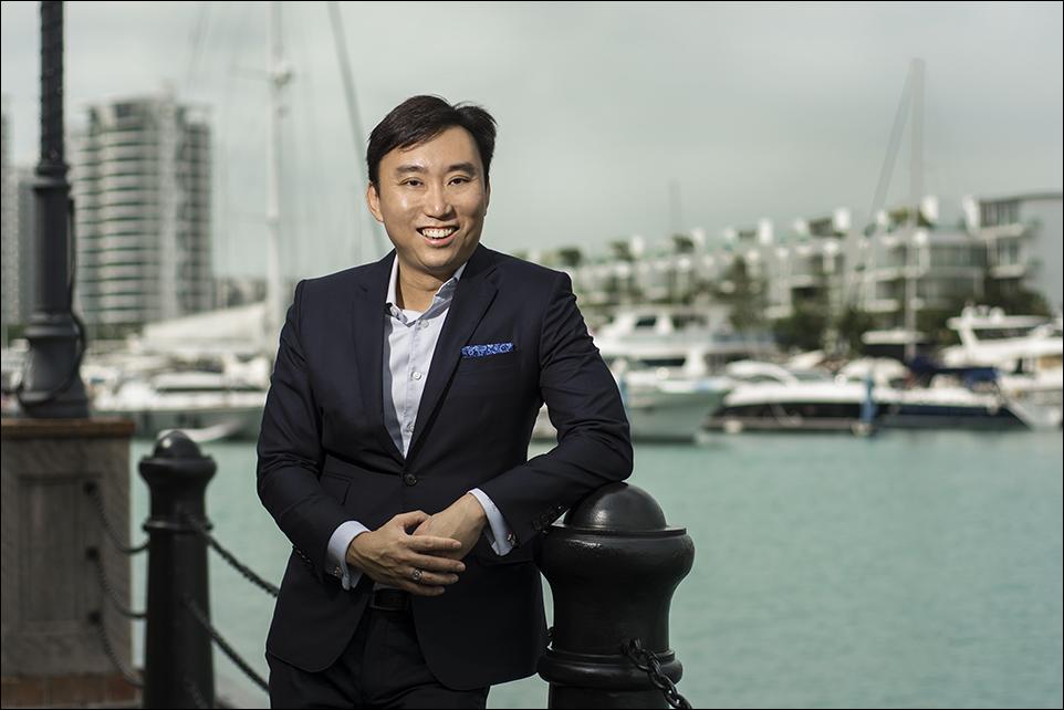 Mr Calvin Cheng