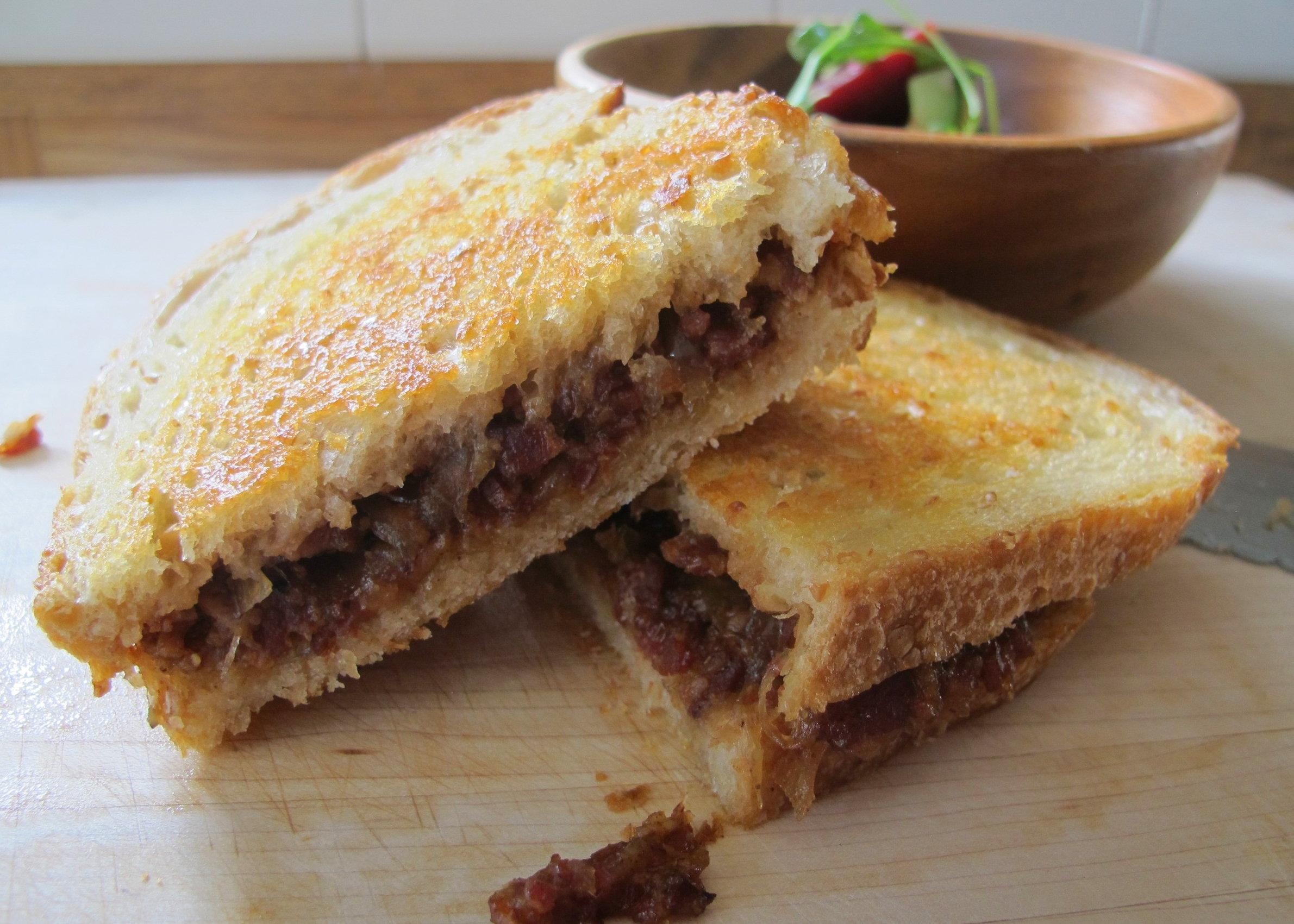 bacon jam grilled cheese sandwich
