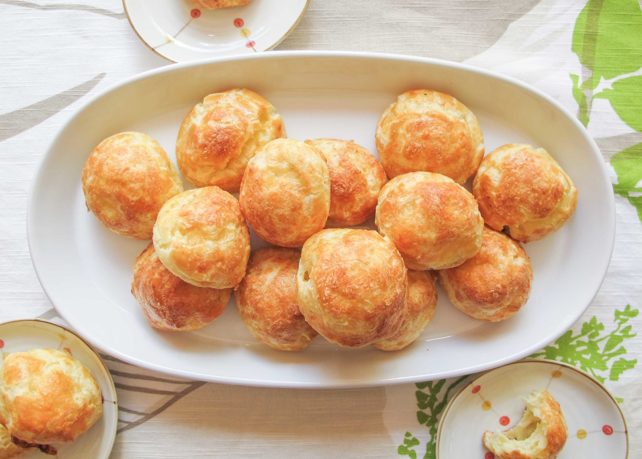 gougeres cheese puff