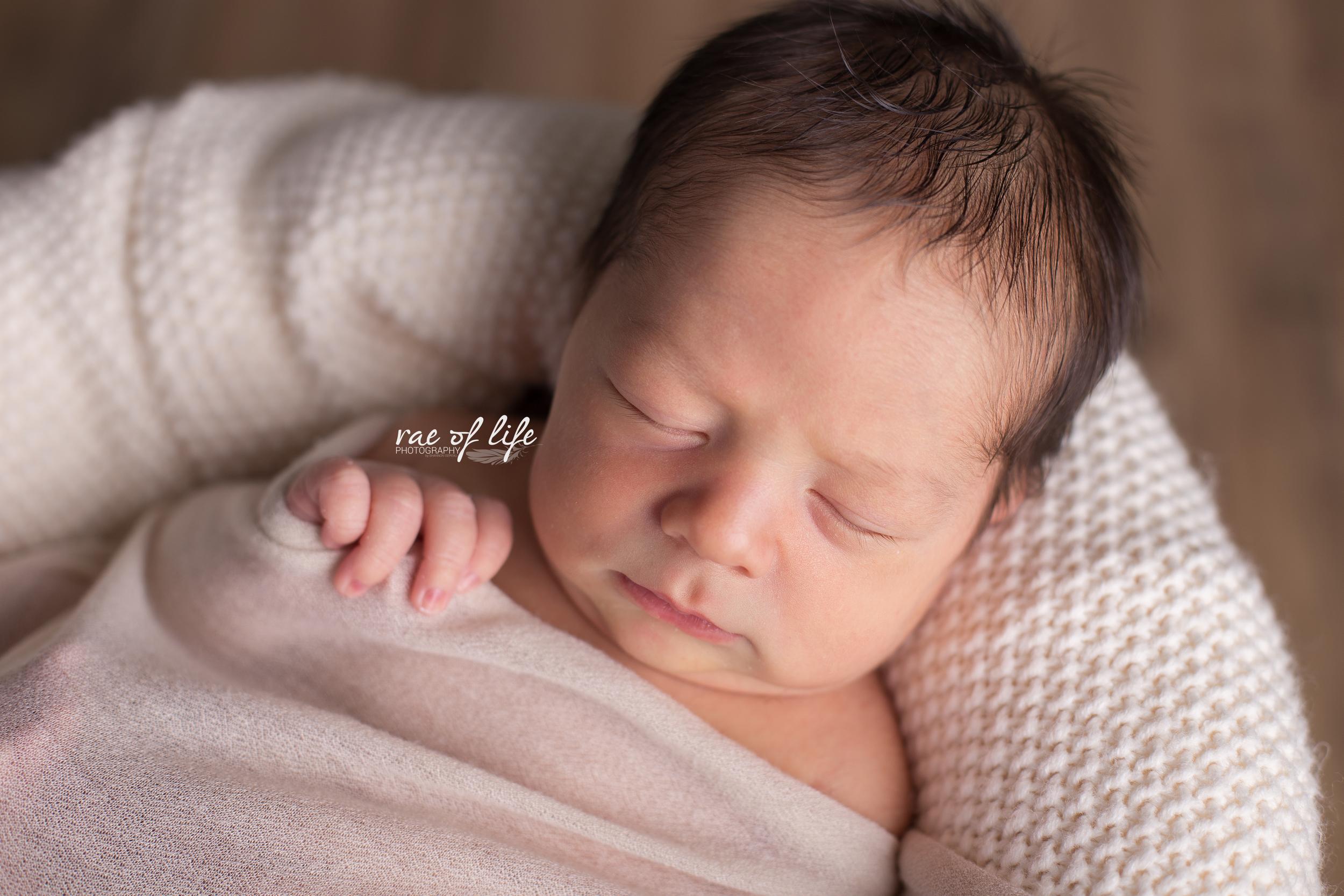 Bryson Newborn-0077.jpg