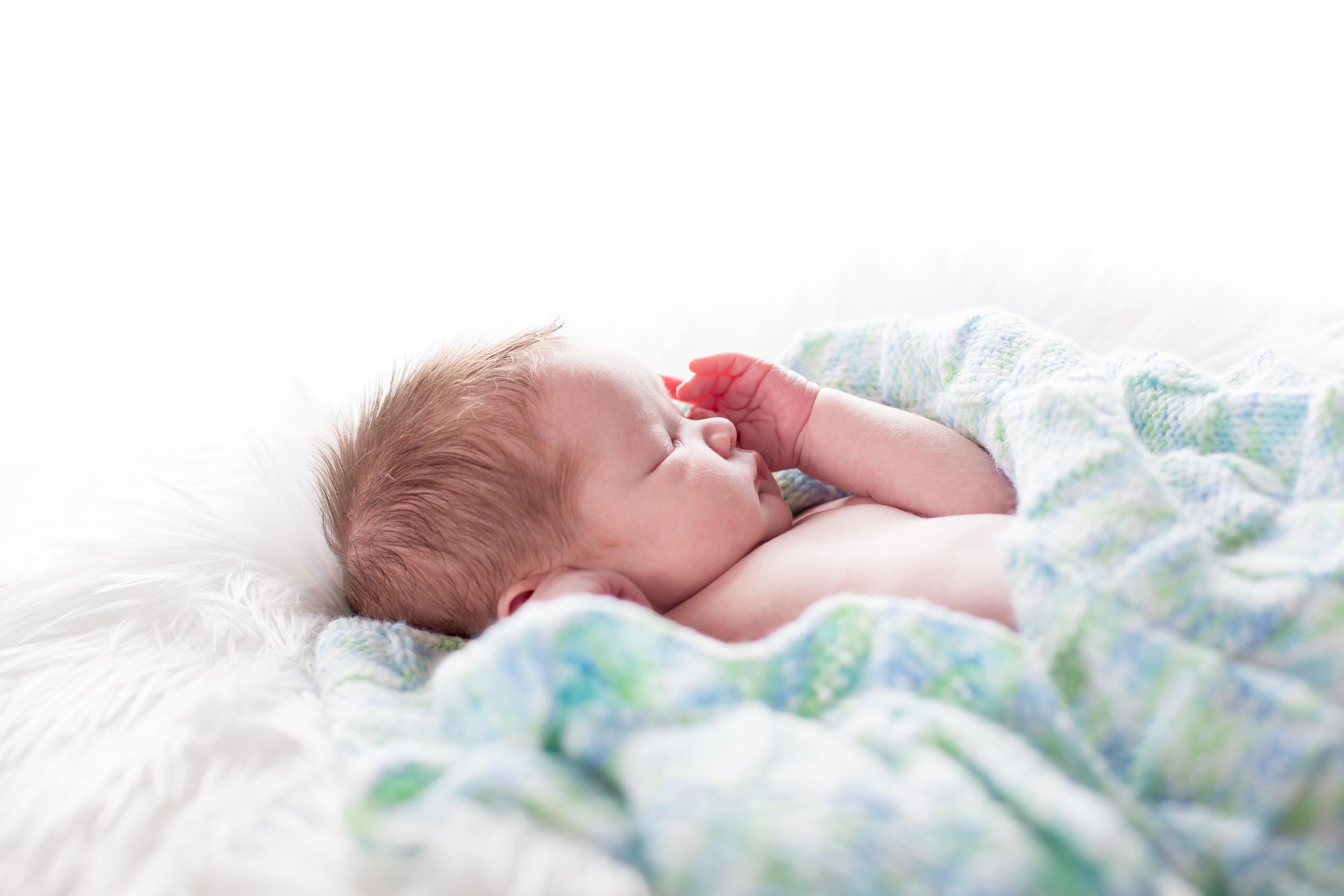 Gunner Lacey Newborn-0006.jpg