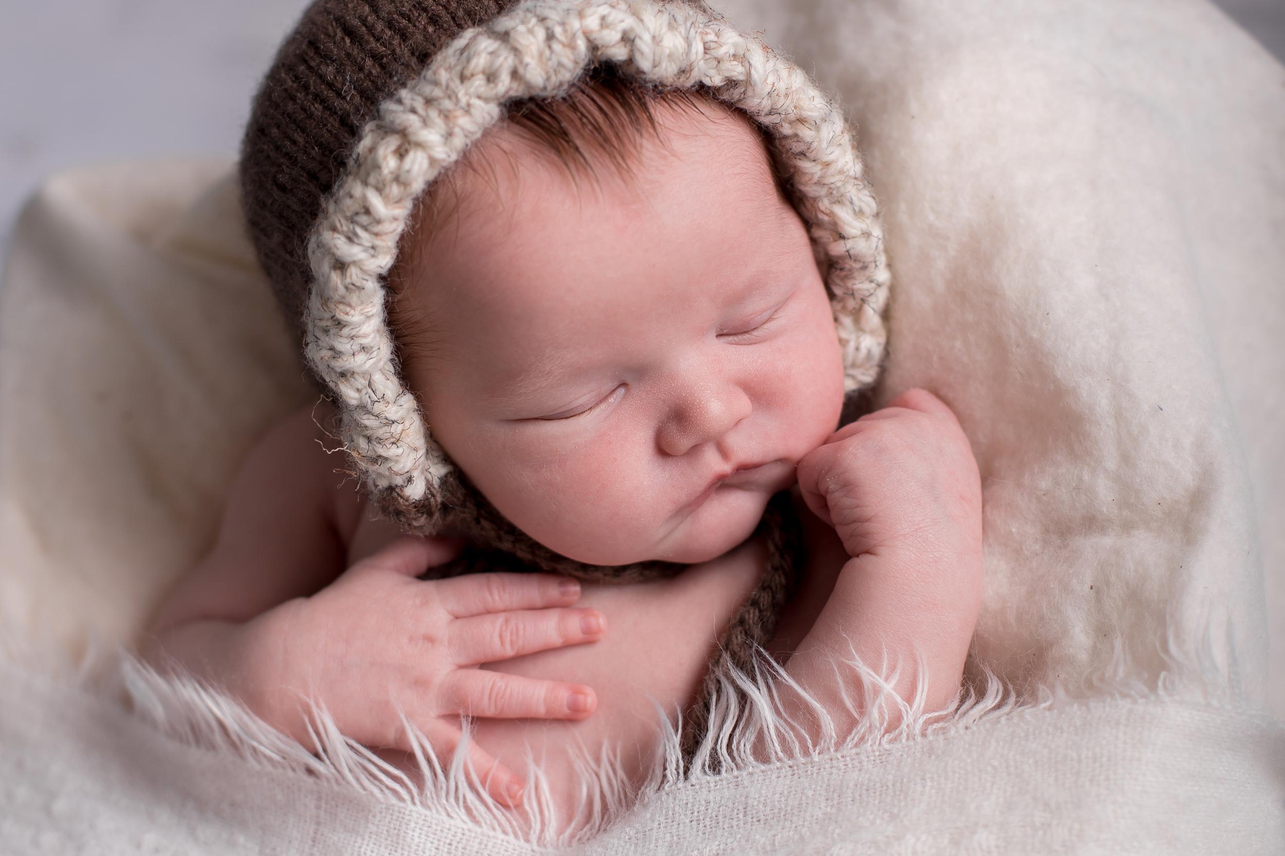 Gunner Lacey Newborn-0057.jpg