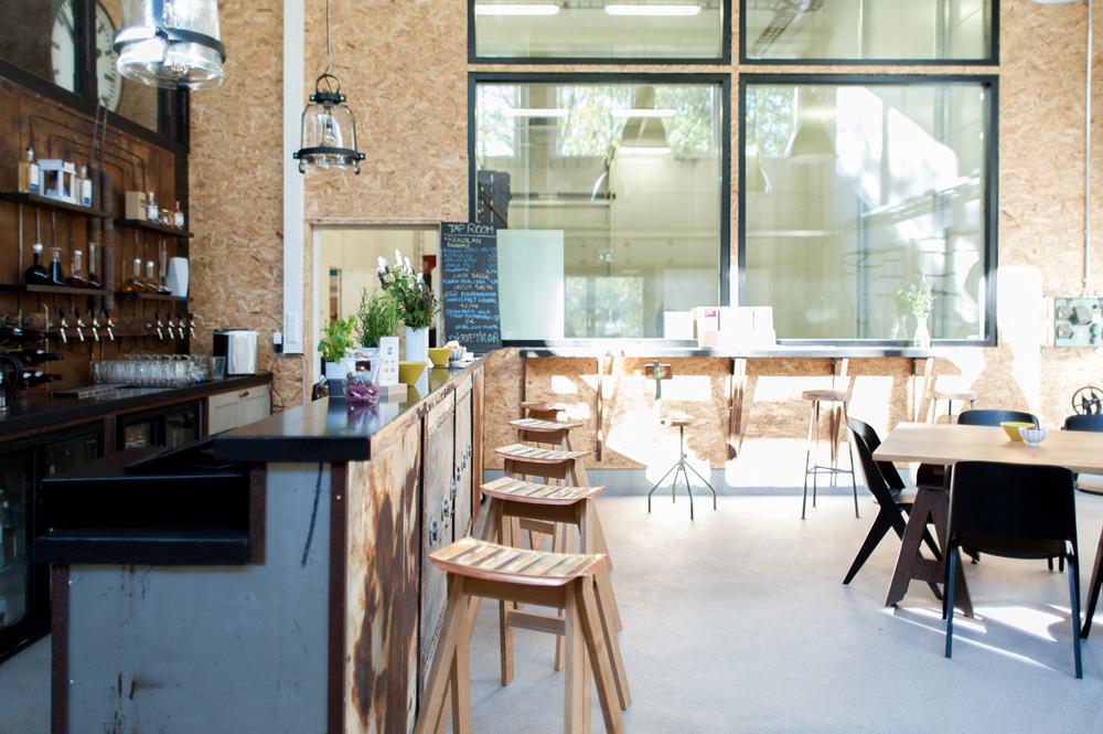 ÄGRÄS Taproom bar and distillery