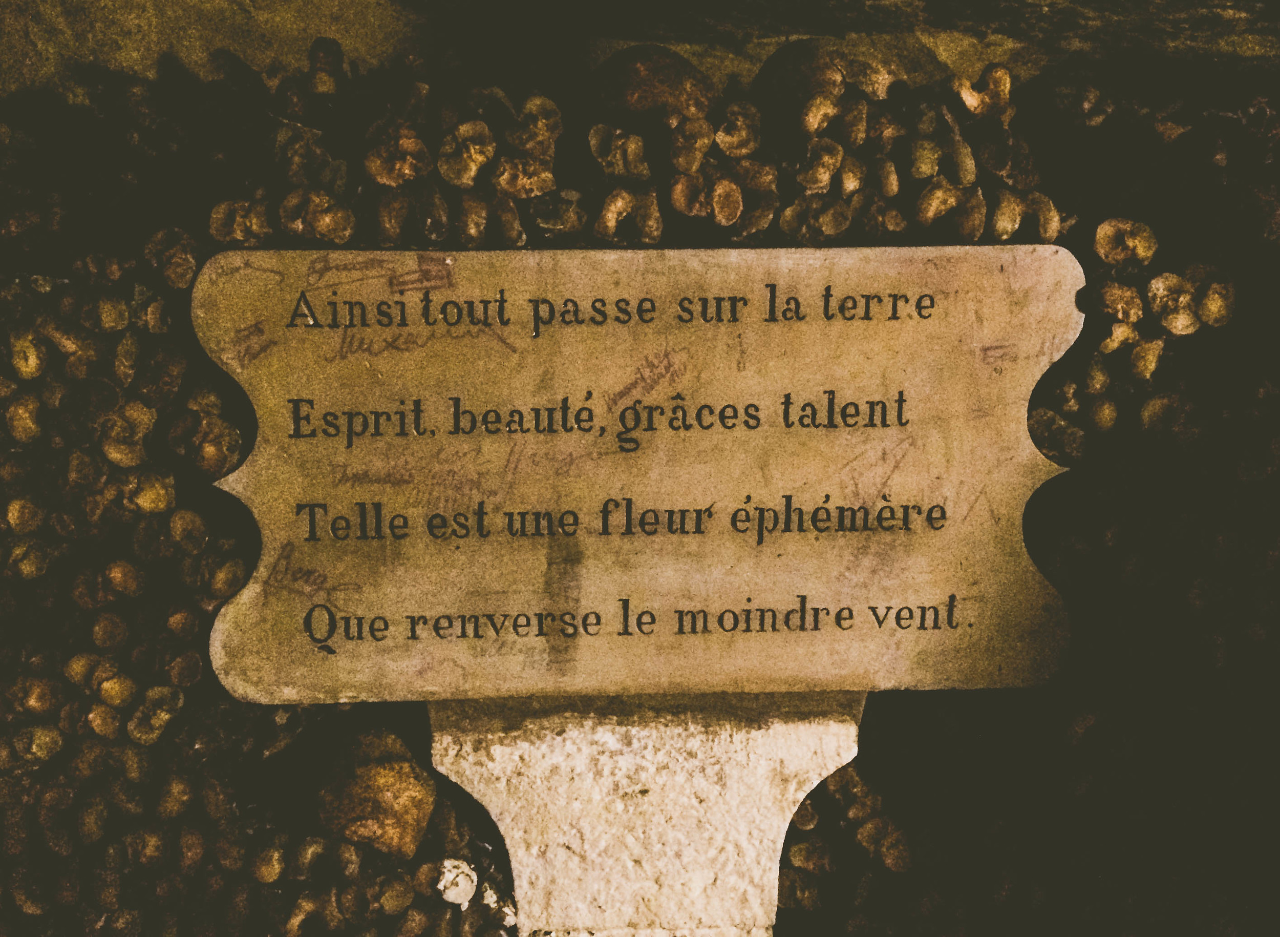 A French poem in the Catacombs.