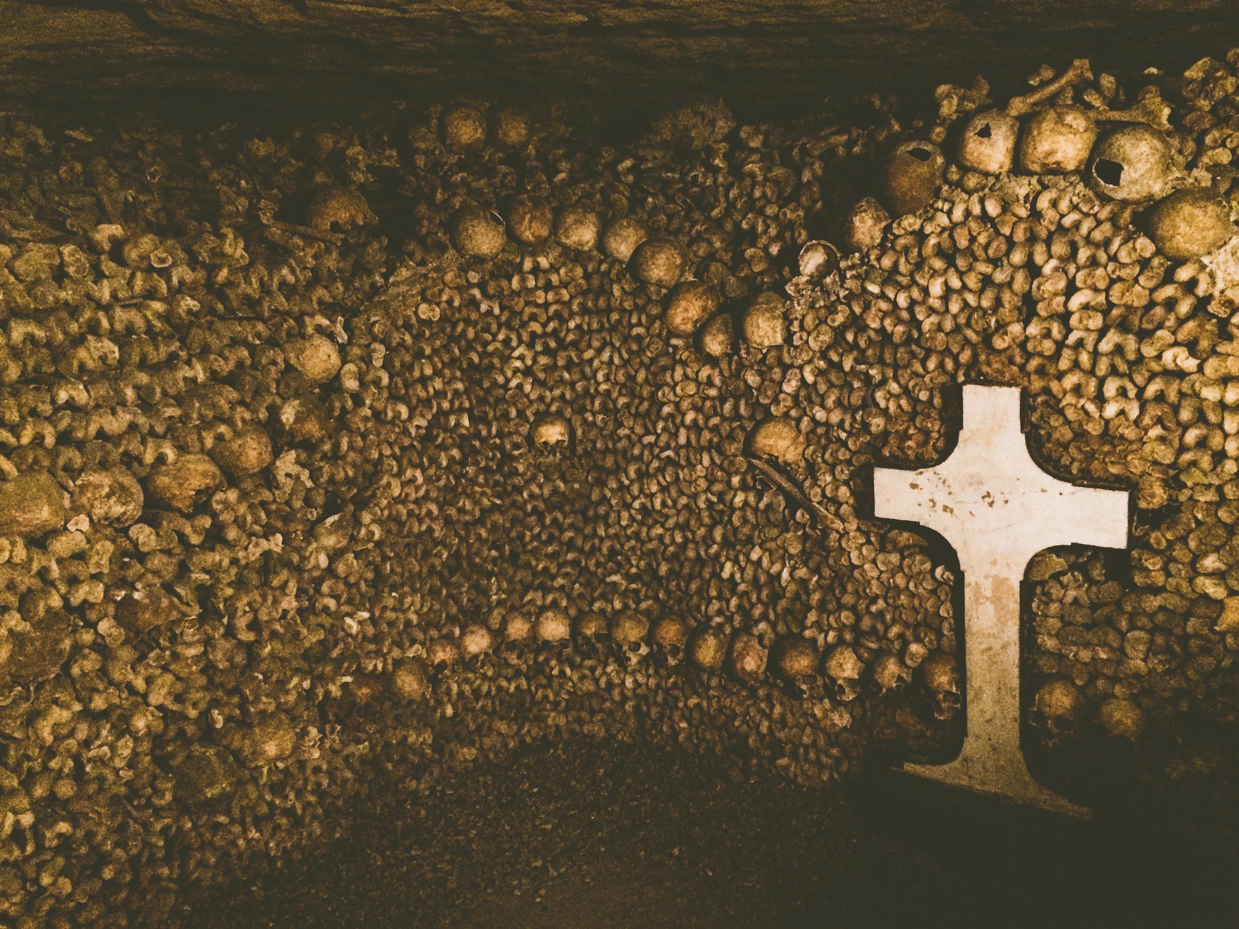 A massive amount of bones below Paris.