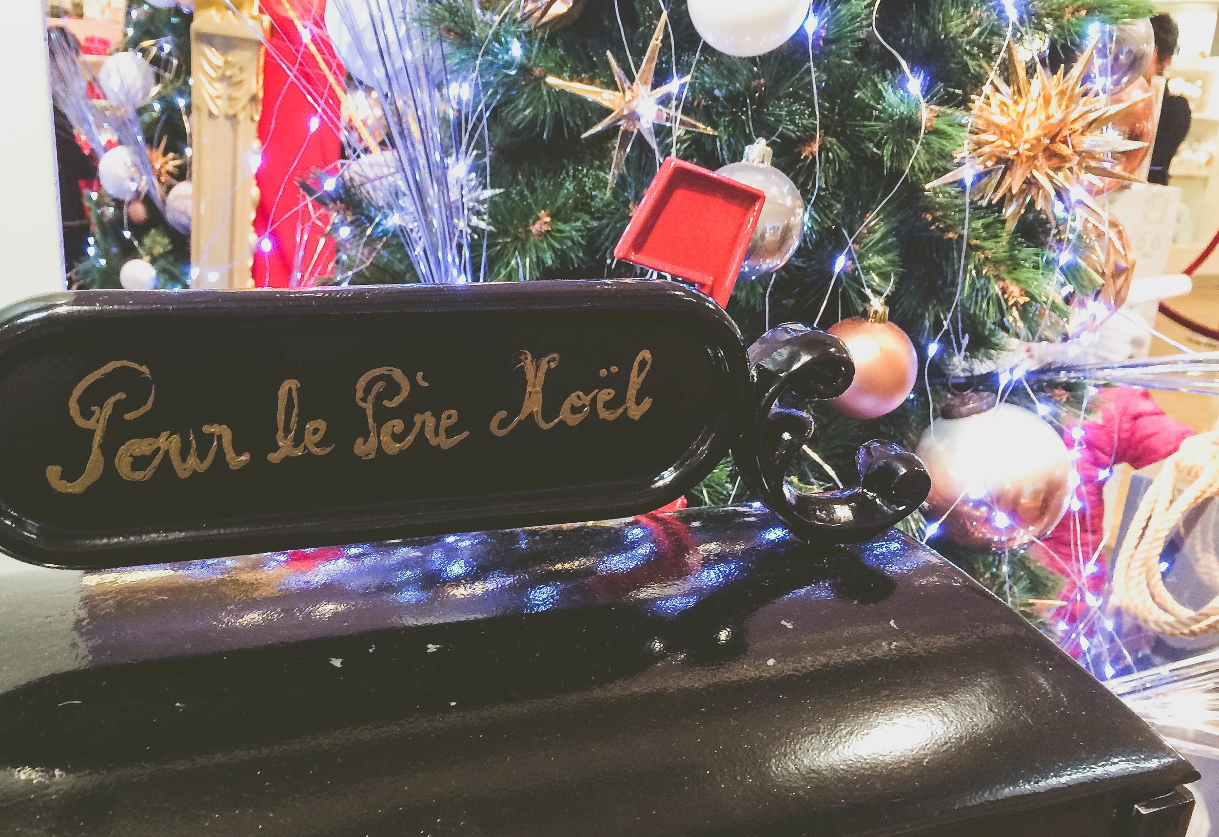 Christmas in Paris (8 of 27).jpg
