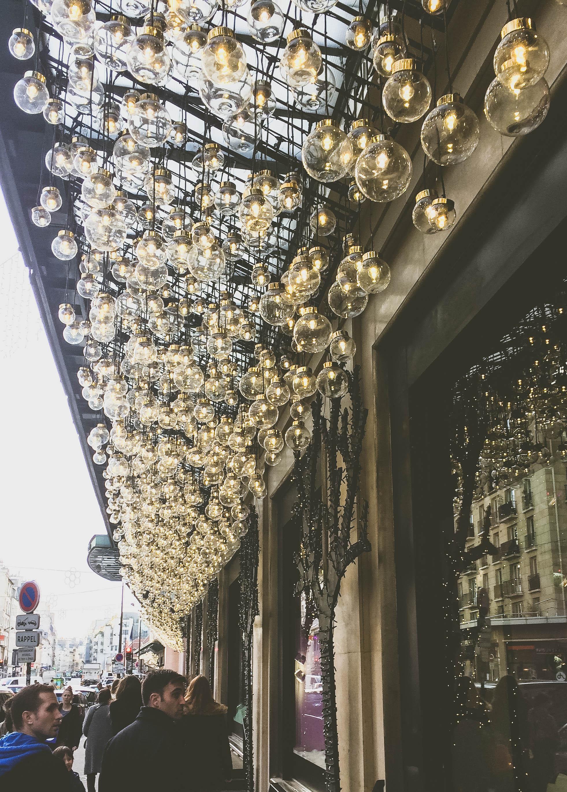Christmas in Paris (11 of 27).jpg
