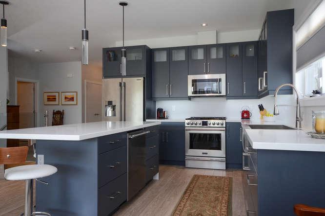 168 Tremaine St-small-015-63-Kitchen-666x445-72dpi.jpg