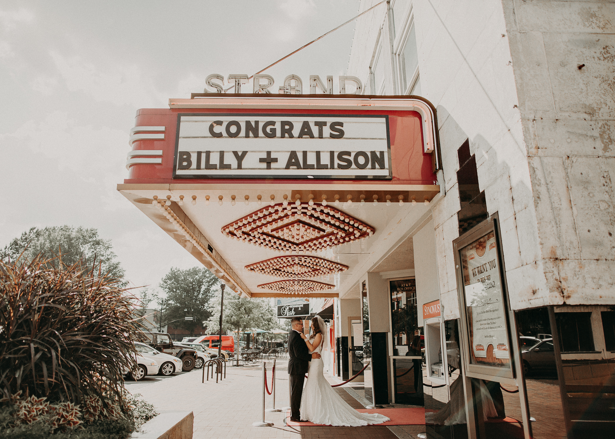 Allison and Billy - earlsmithstrand_marietta square georgia wedding photography-37.jpg