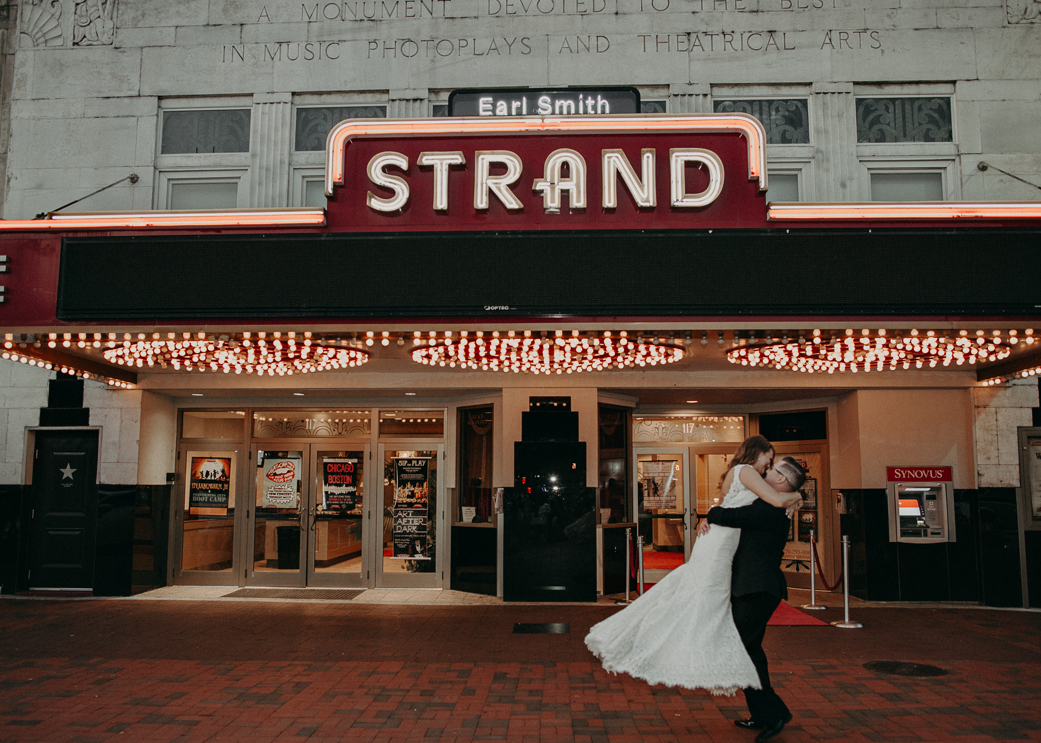 Allison and Billy - earlsmithstrand_marietta square georgia wedding photography-78.jpg