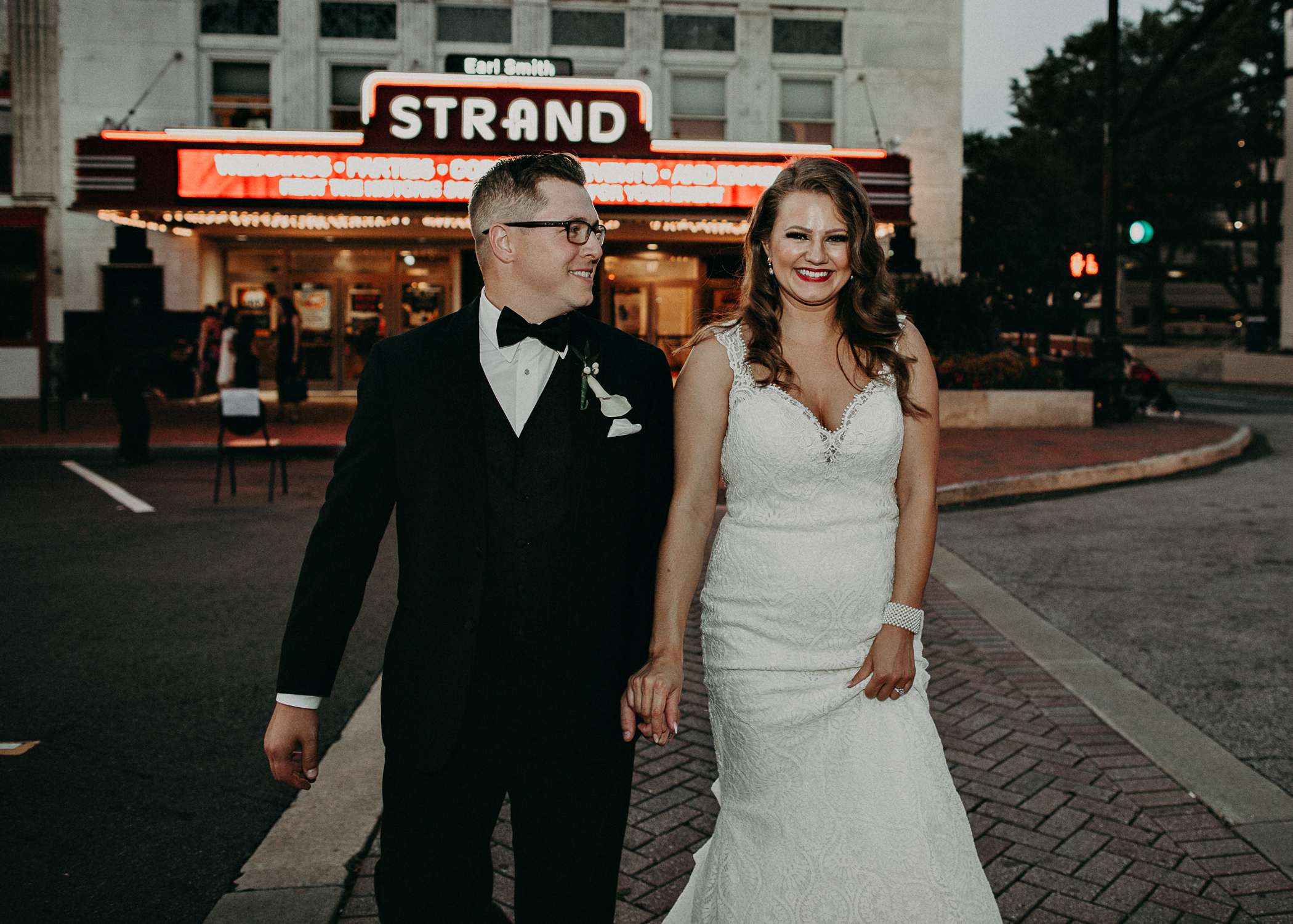 Allison and Billy - earlsmithstrand_marietta square georgia wedding photography-80.jpg