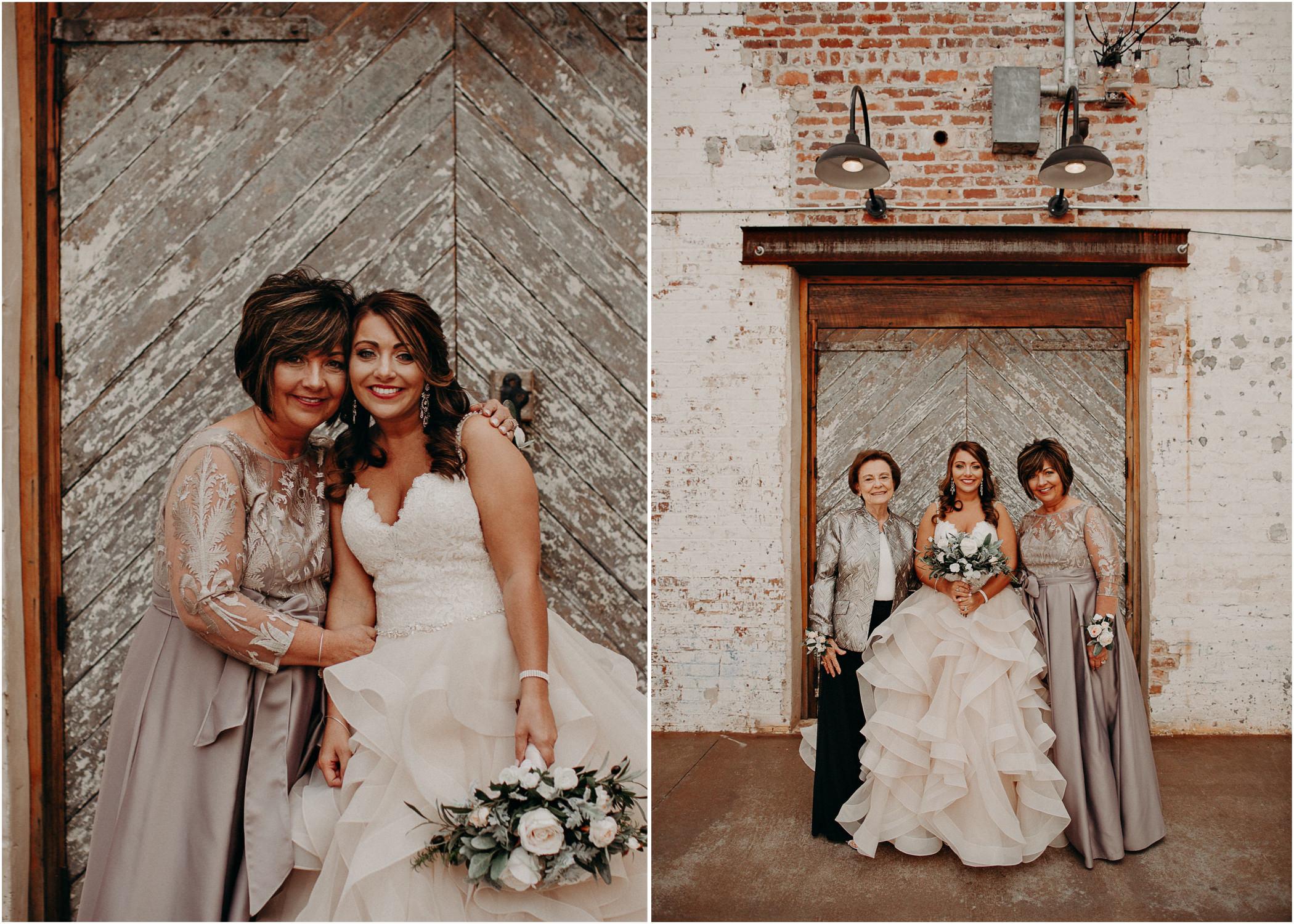 24 4 - Atlanta Wedding Photographer - The engine room - Ga - Wedding trends - Aline Marin Photography.jpg