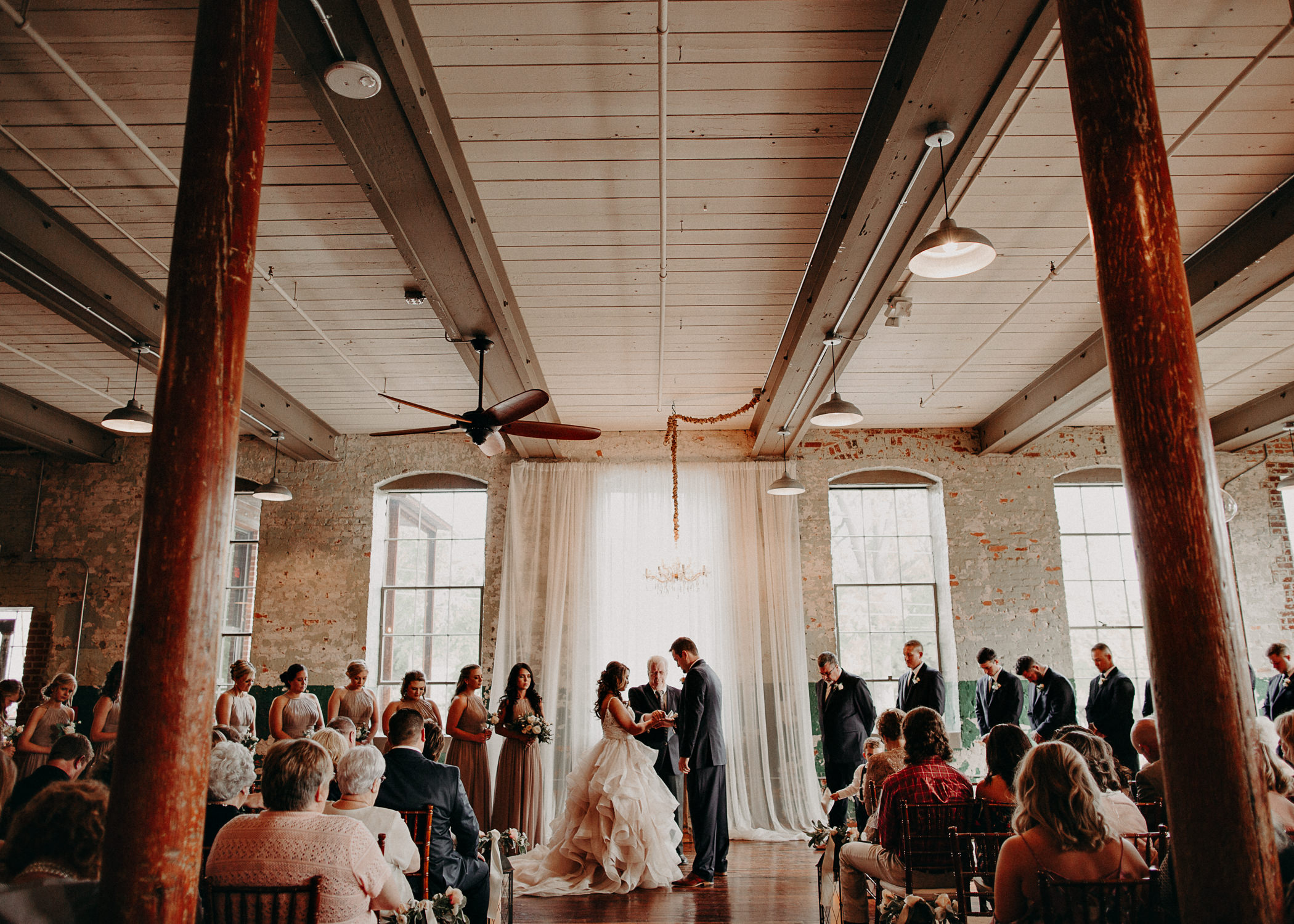 44 4 - Atlanta Wedding Photographer - The engine room - Ga - Wedding trends - Aline Marin Photography.jpg