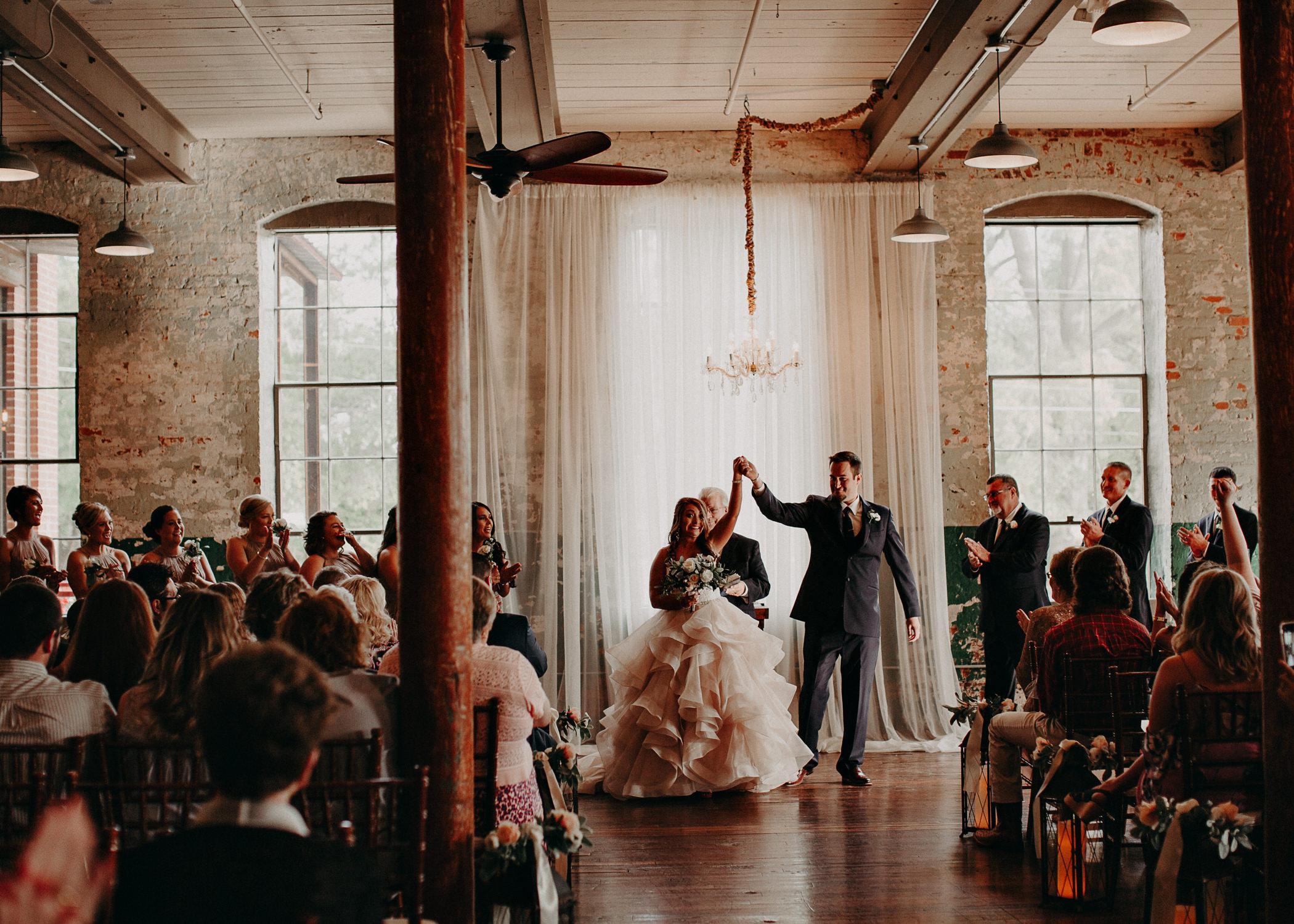 46 4 - Atlanta Wedding Photographer - The engine room - Ga - Wedding trends - Aline Marin Photography.jpg