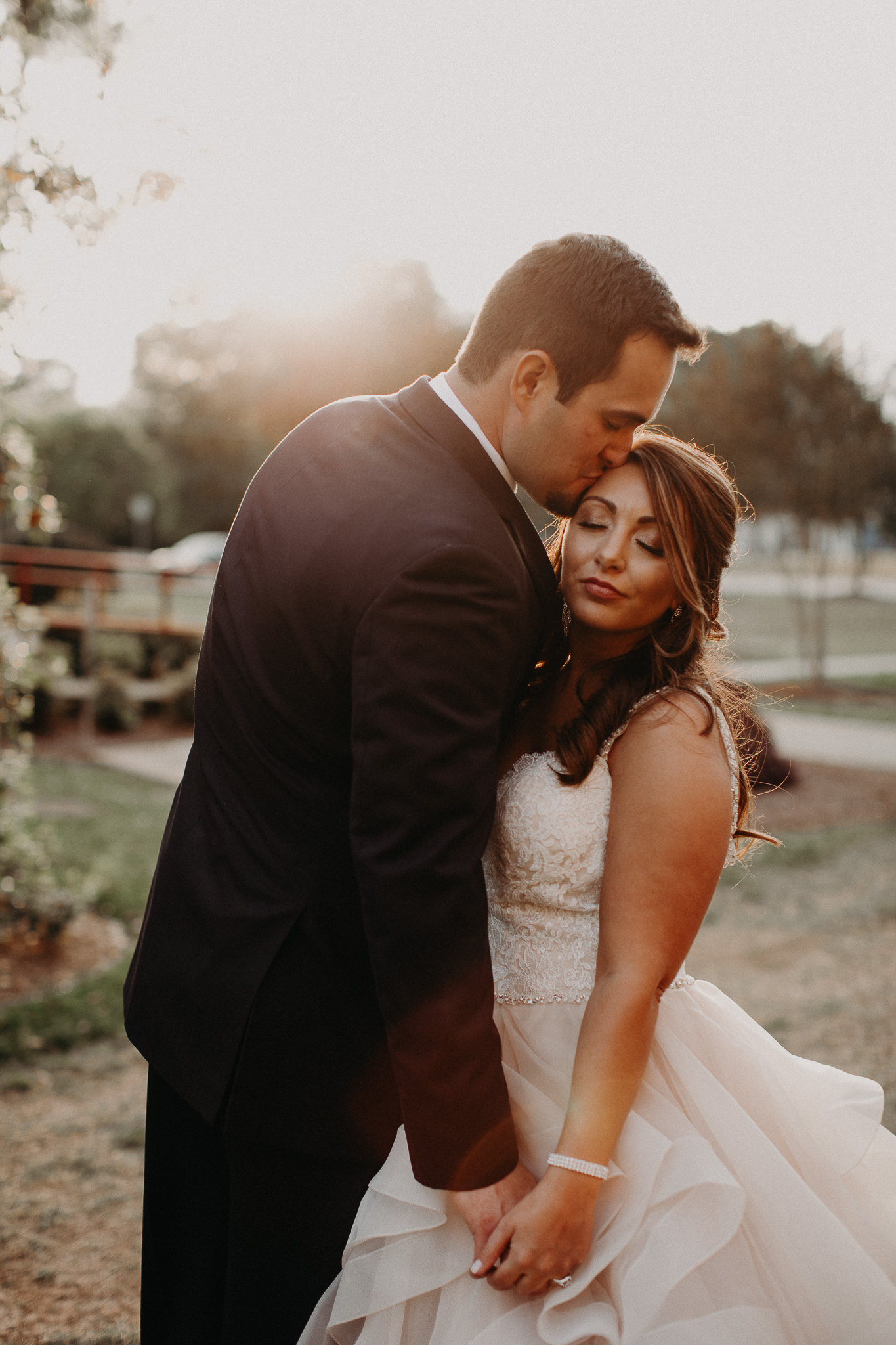 60 - Atlanta Wedding Photographer - The engine room - Ga - Wedding trends - Aline Marin Photography.JPG