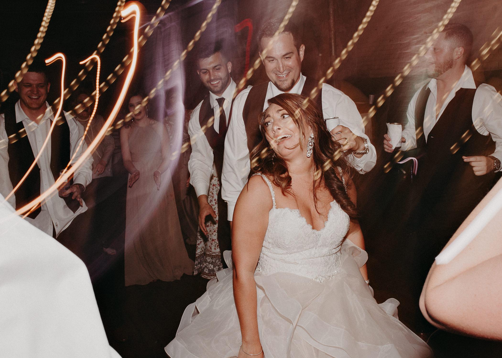 81 - Atlanta Wedding Photographer - The engine room - Ga - Wedding trends - Aline Marin Photography.jpg