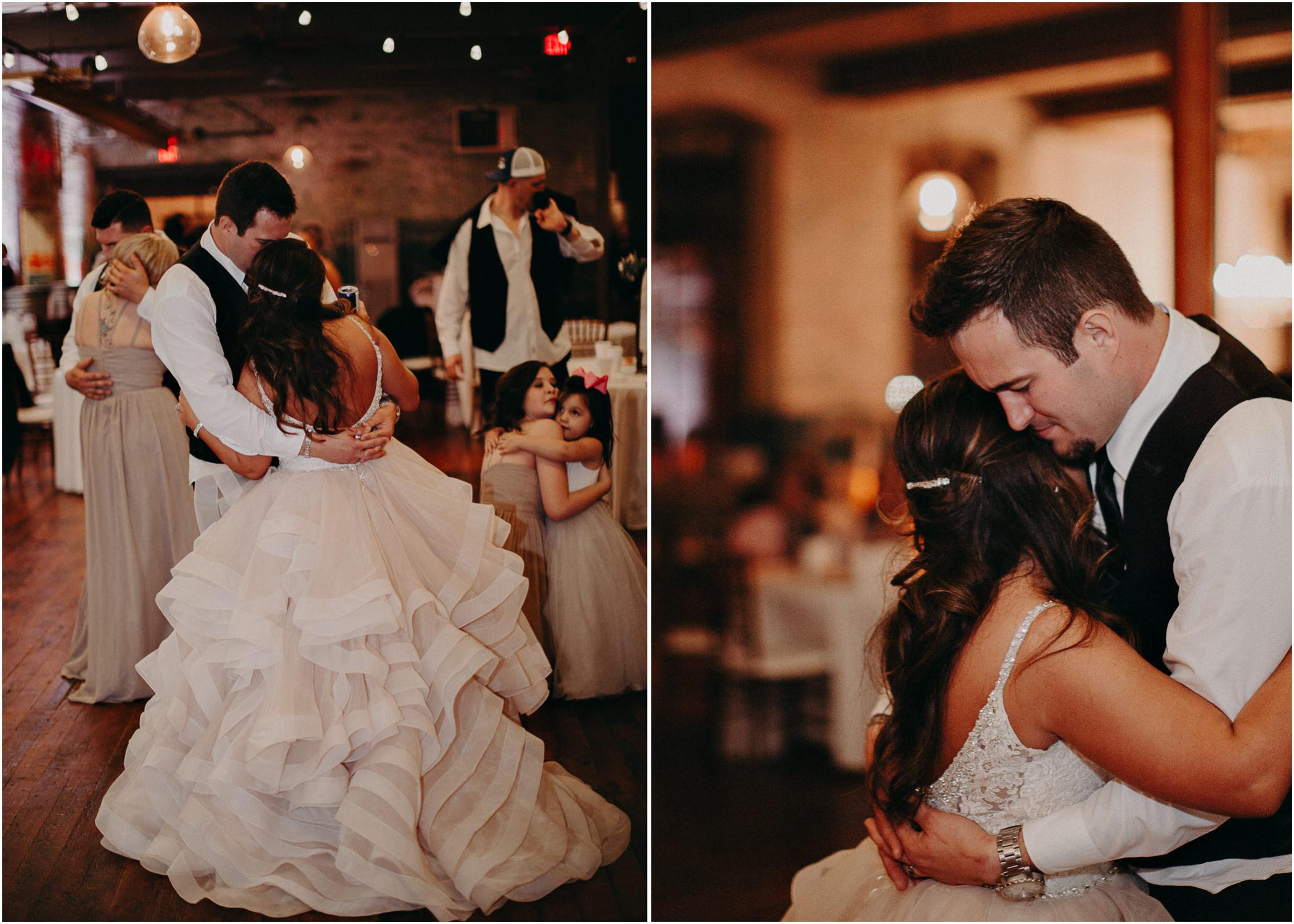 91 - Atlanta Wedding Photographer - The engine room - Ga - Wedding trends - Aline Marin Photography.jpg