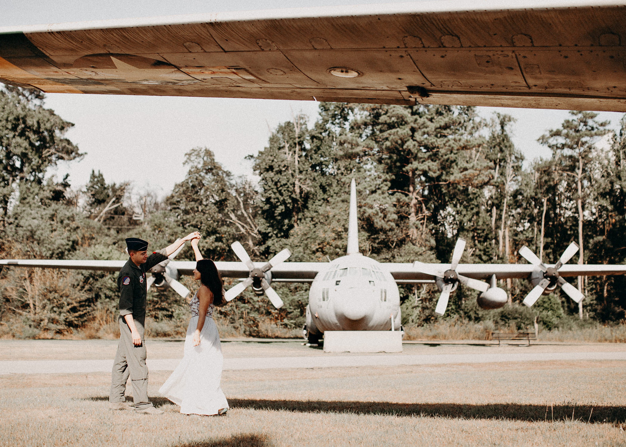 31 Museum of aviation engagement shoot - preview - Aline Marin Atlanta Photographer .jpg
