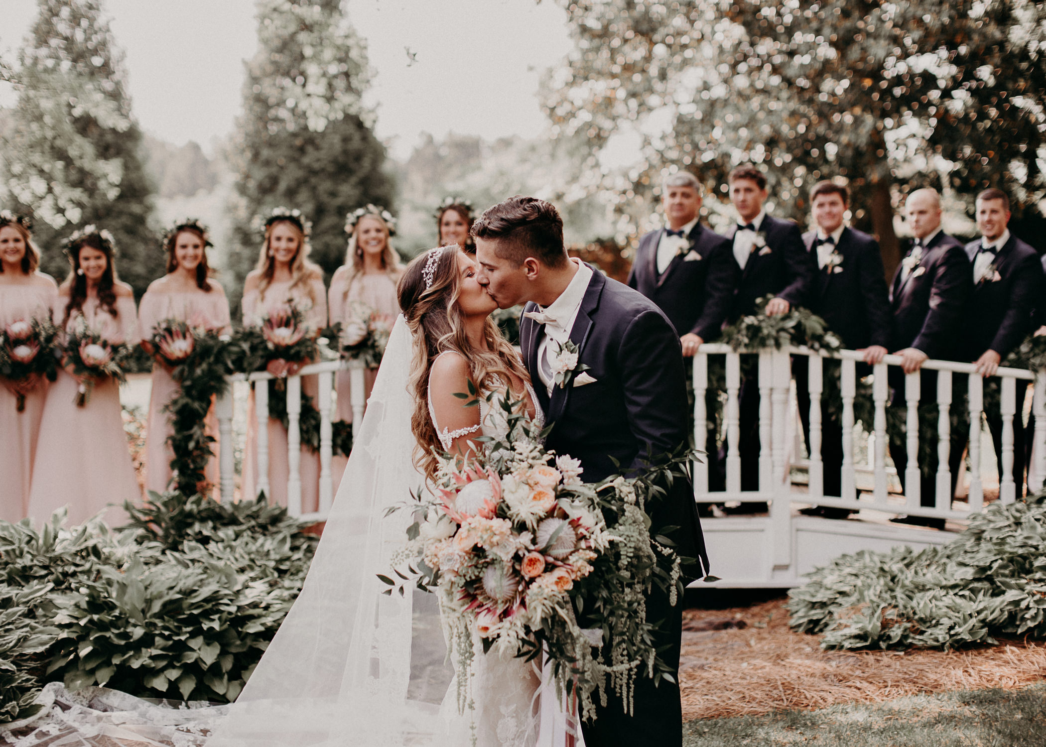 48Carl House Wedding Venue Ga, Atlanta Wedding Photographer - Boho, Bohemian, Junebug Weddings, Vintage, Retro, Trendy. Aline Marin Photography. .jpg