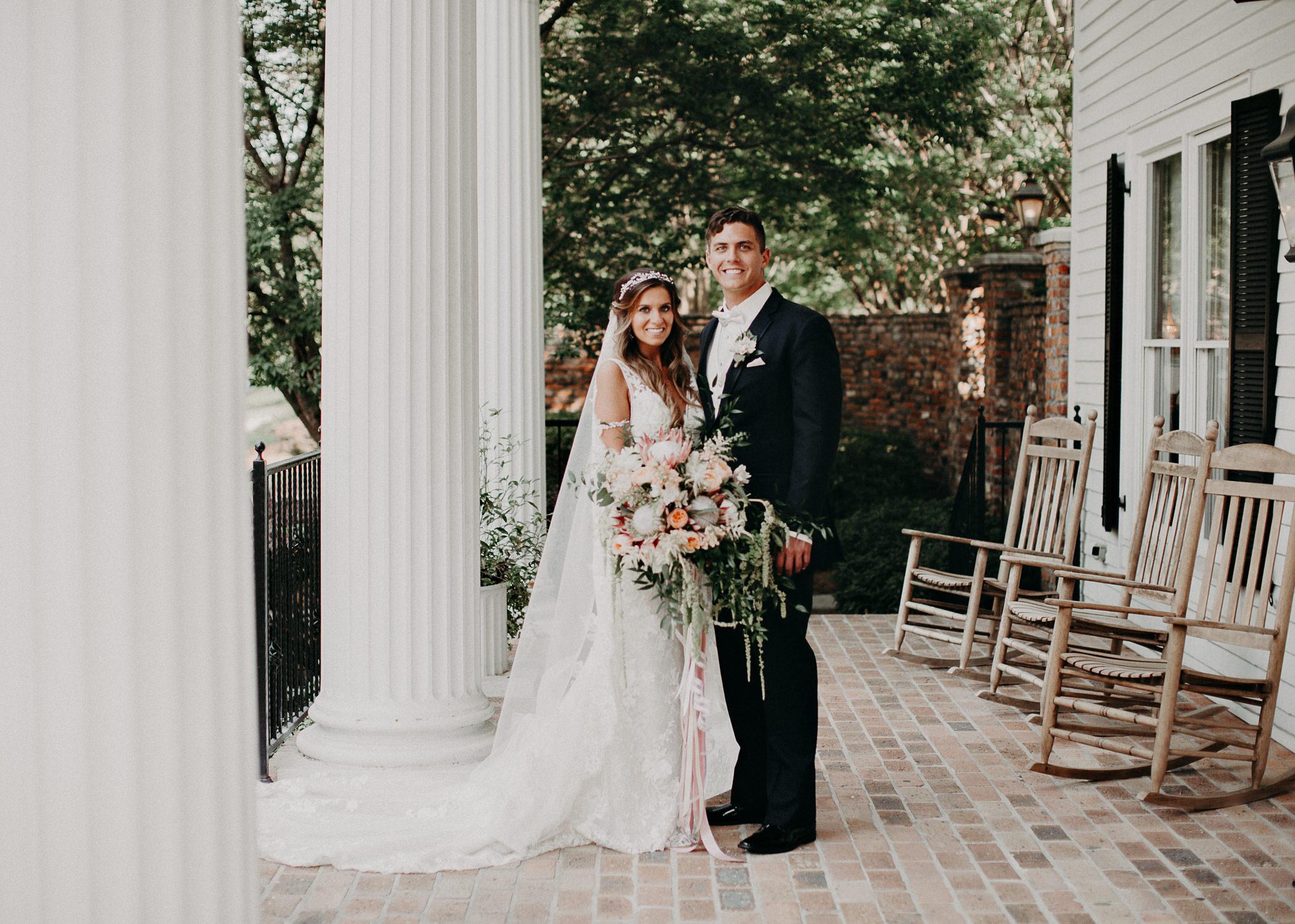 56Carl House Wedding Venue Ga, Atlanta Wedding Photographer - Boho, Bohemian, Junebug Weddings, Vintage, Retro, Trendy. Aline Marin Photography. .jpg