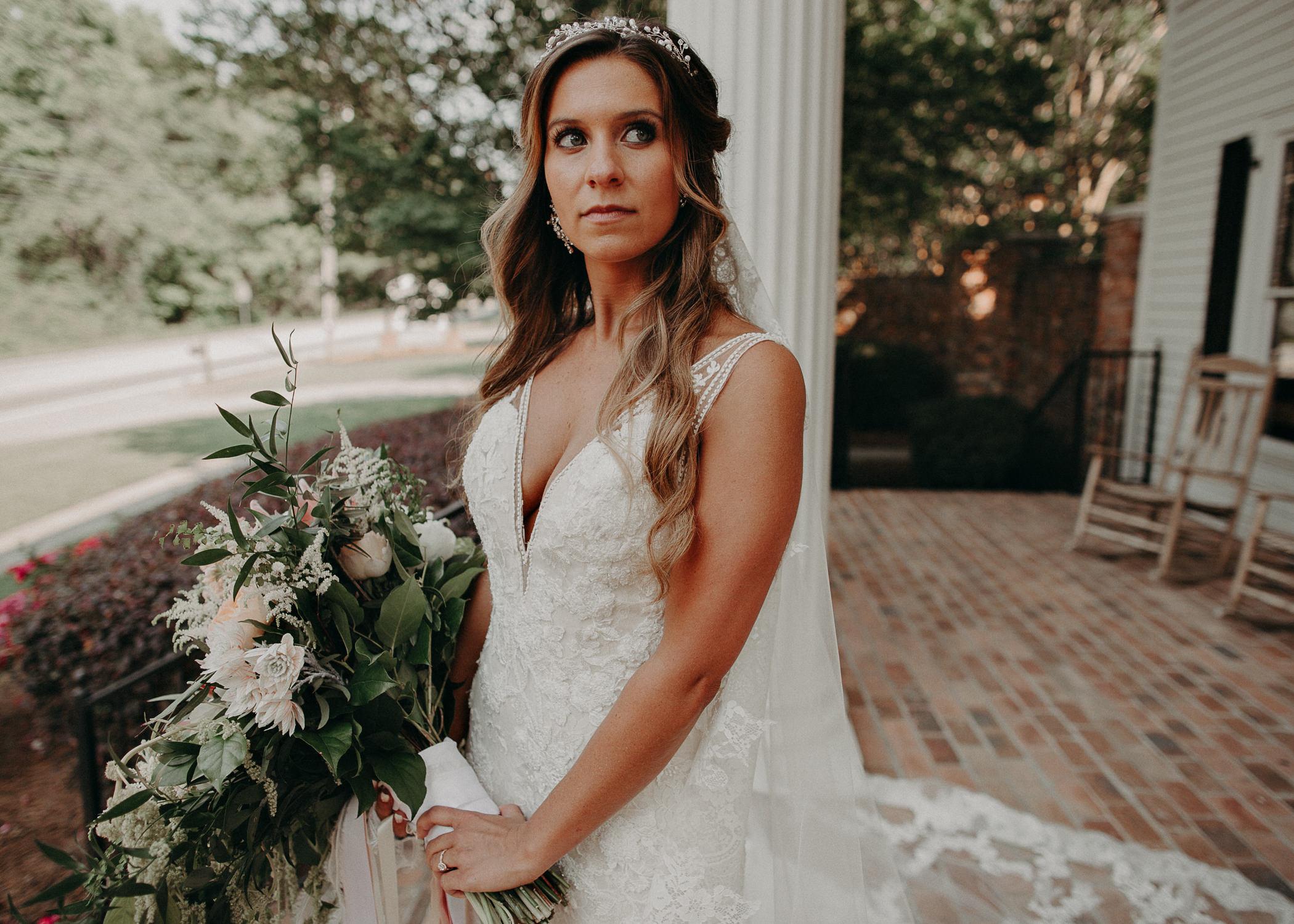 60Carl House Wedding Venue Ga, Atlanta Wedding Photographer - Boho, Bohemian, Junebug Weddings, Vintage, Retro, Trendy. Aline Marin Photography. .jpg