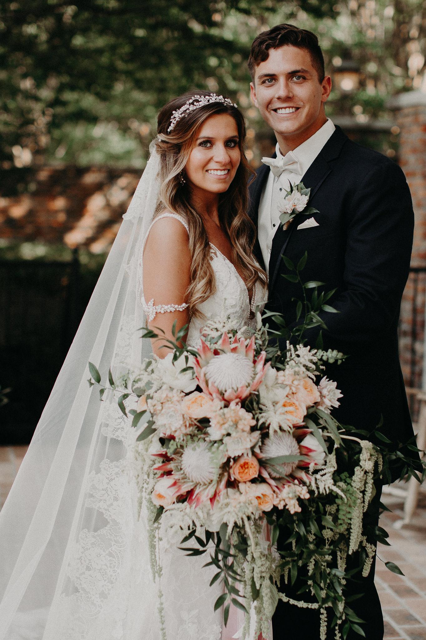 57 Carl House Wedding Venue Ga, Atlanta Wedding Photographer - Boho, Bohemian, Junebug Weddings, Vintage, Retro, Trendy. Aline Marin Photography._.JPG