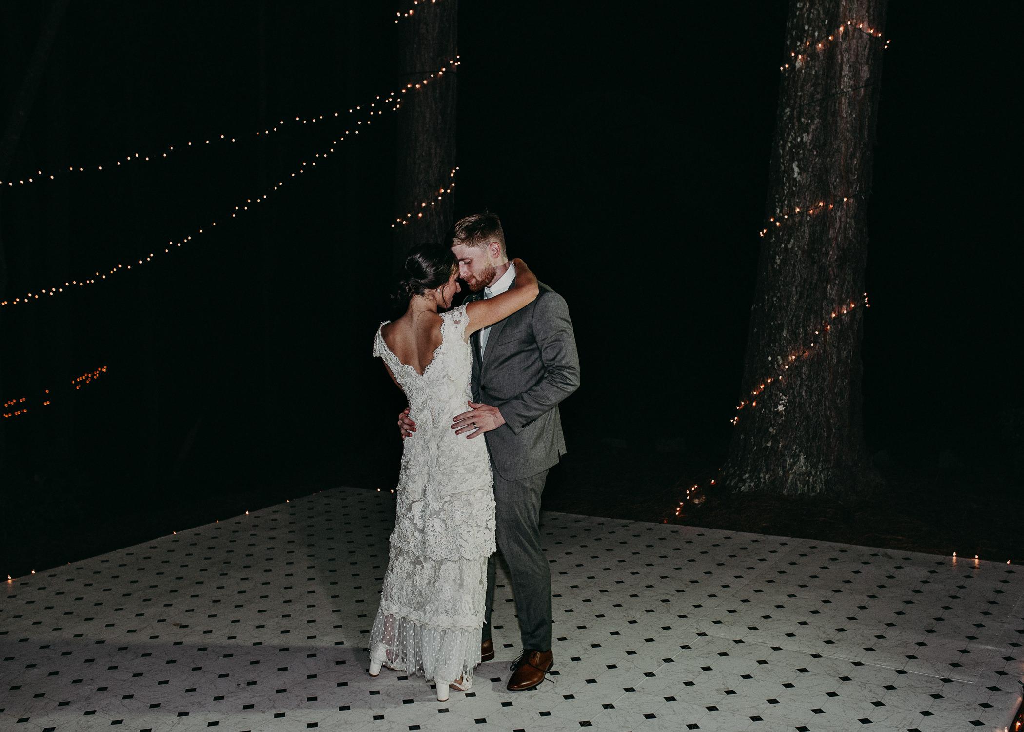 120.1 Wedding details .jpg