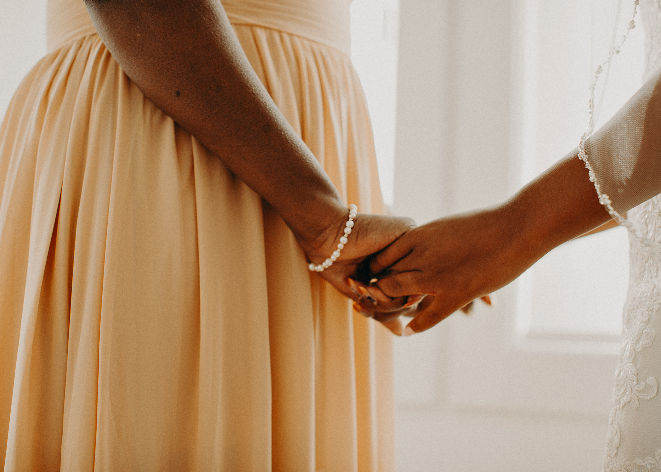 17- Wedding_day_atlanta_georgia_bride_details_dress_aline_marin_photography_-12.jpg