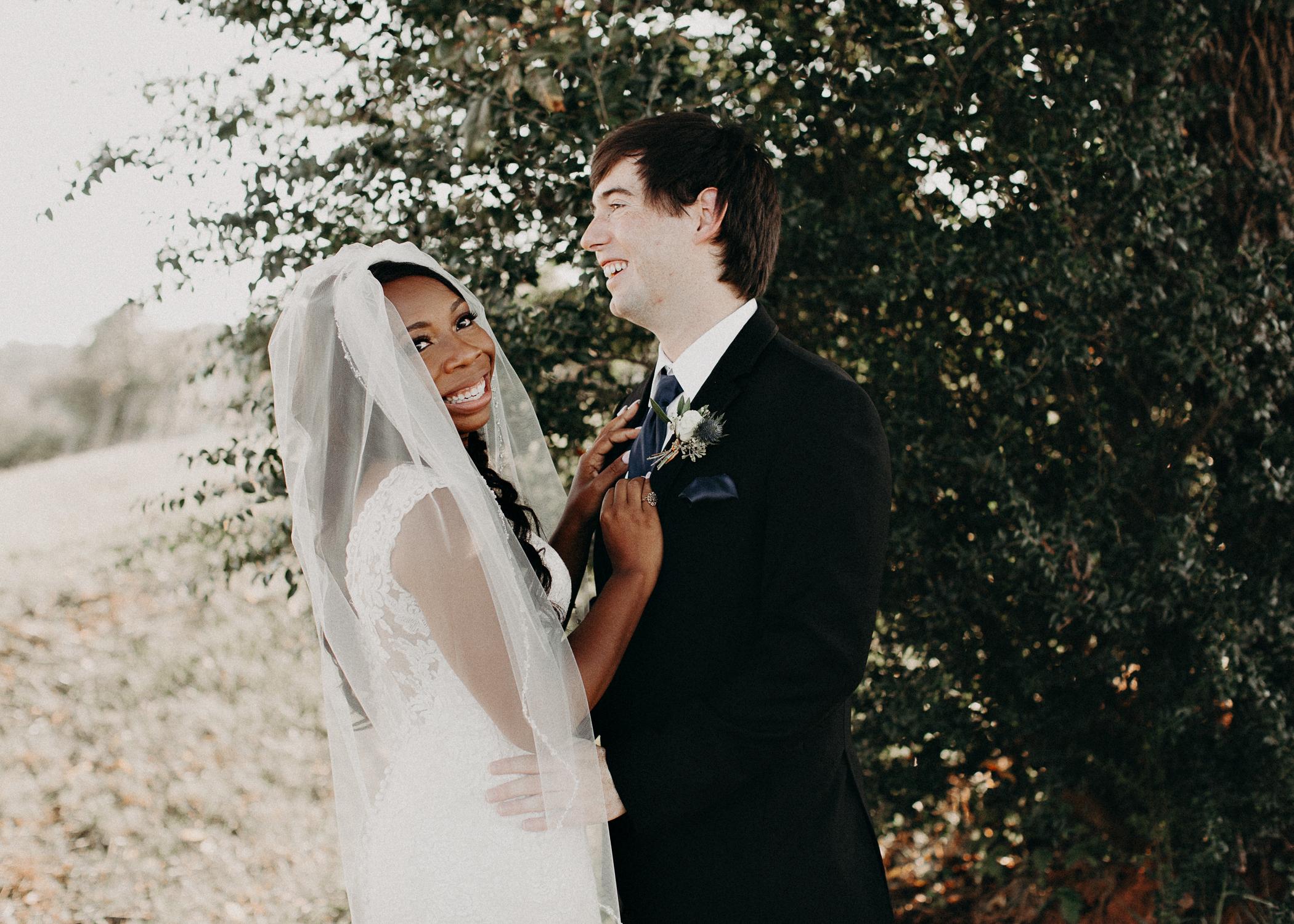 35- Wedding_day_atlanta_georgia_Bride_and_groom_first_look_and_portraits_aline_marin_photography.jpg