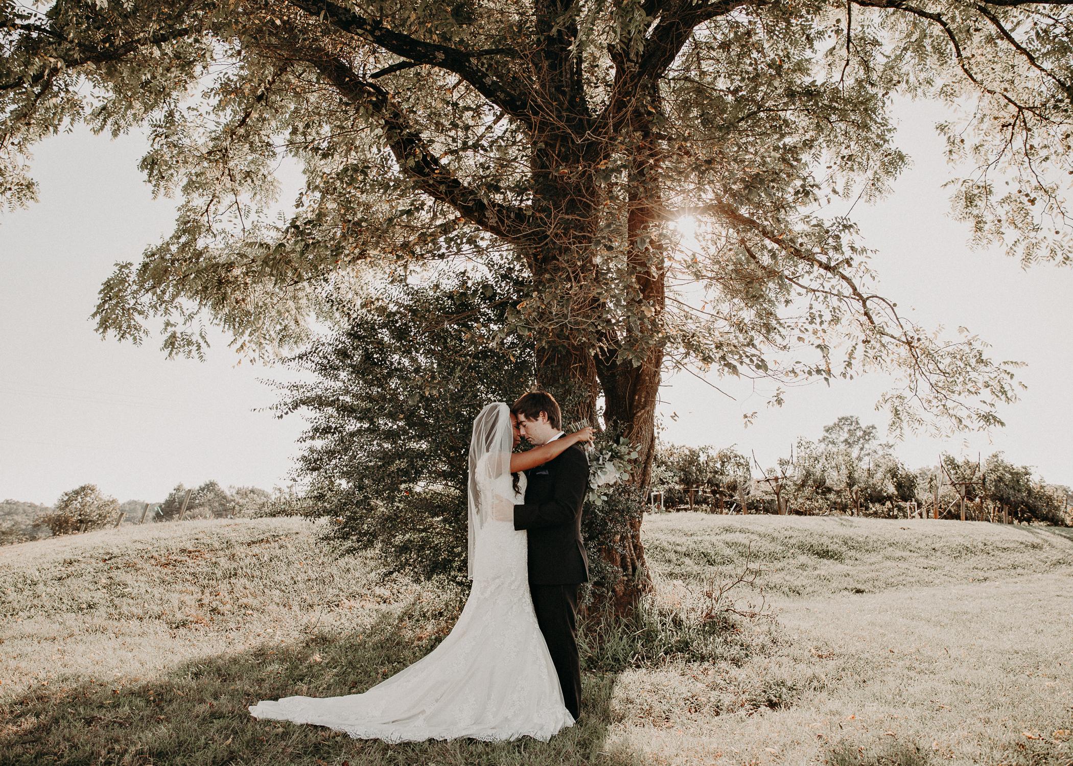 40- Kaya_vineards_wedding_venue_Bride_and_groom_first_look_and_portraits_aline_marin_photography.jpg