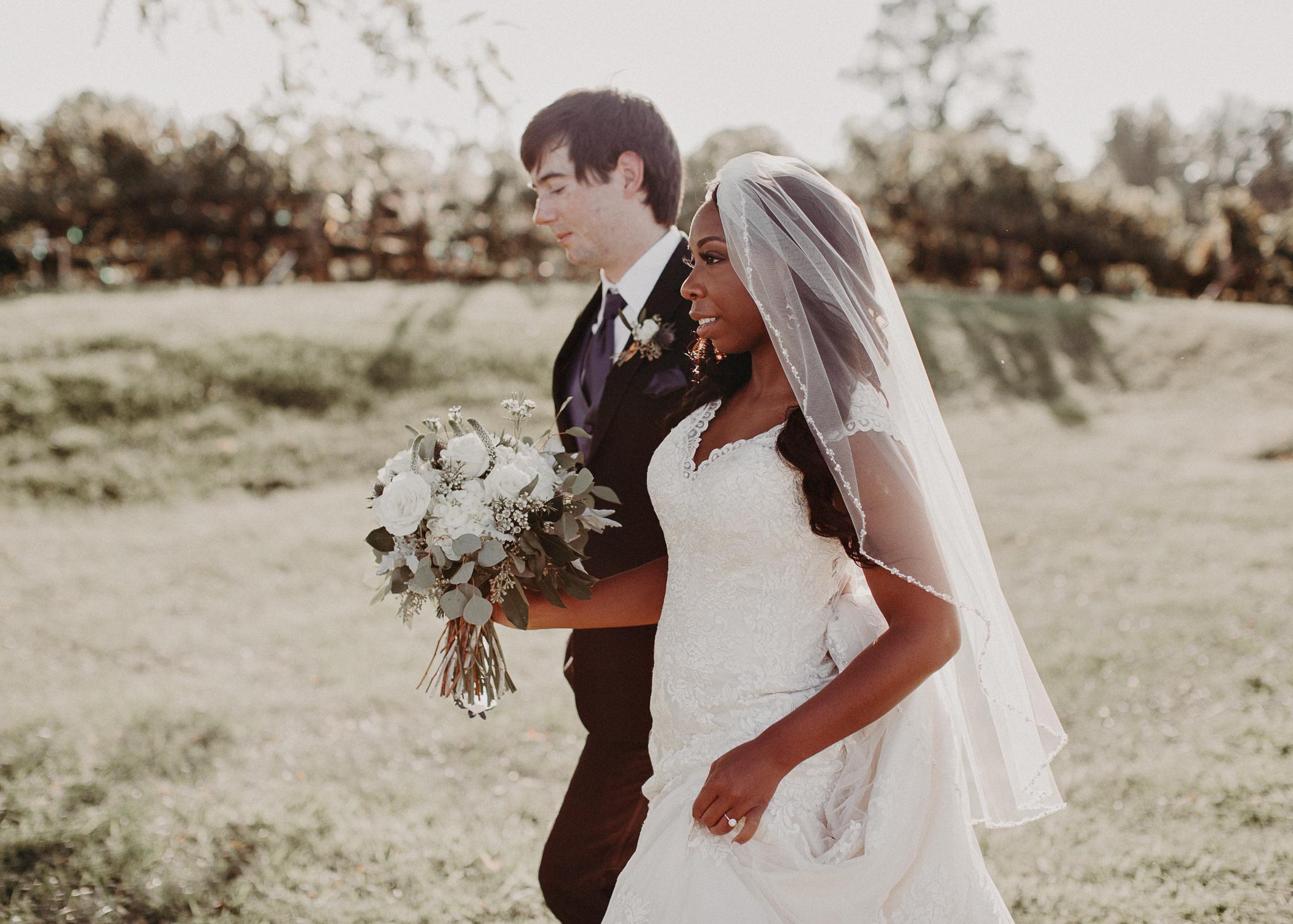45- Kaya_vineyard_dahlonega_wedding_venue_Bride_and_groom_first_look_and_portraits_aline_marin_photography.jpg