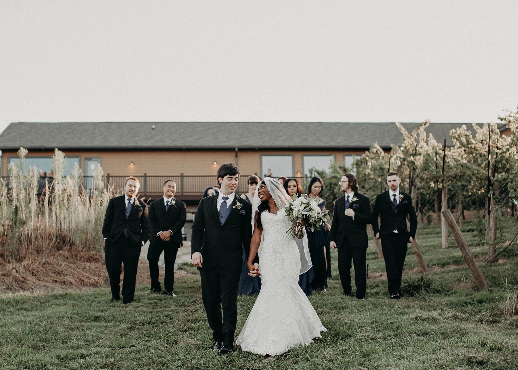48- Kaya_vineyard_dahlonega_wedding_venue_bridal_party_portraits_aline_marin_photography.jpg