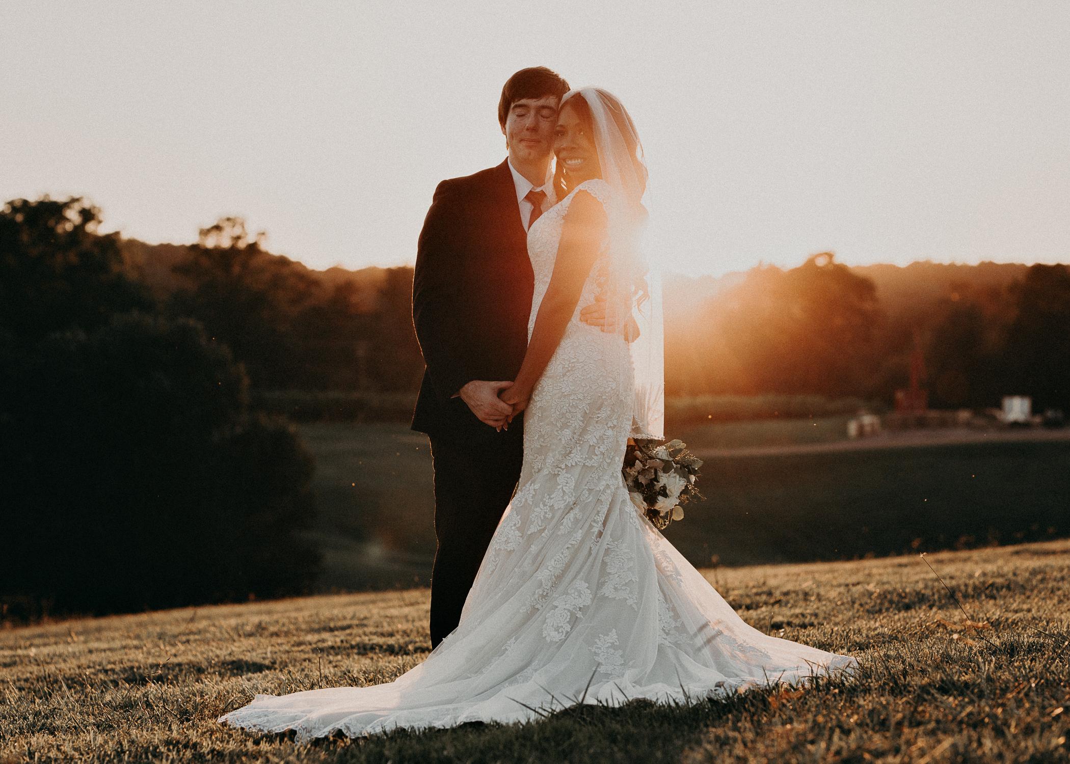 78- Kaya_vineyard_dahlonega_wedding_venue_bride_and_groom_sunset_pictures_aline_marin_photography.jpg