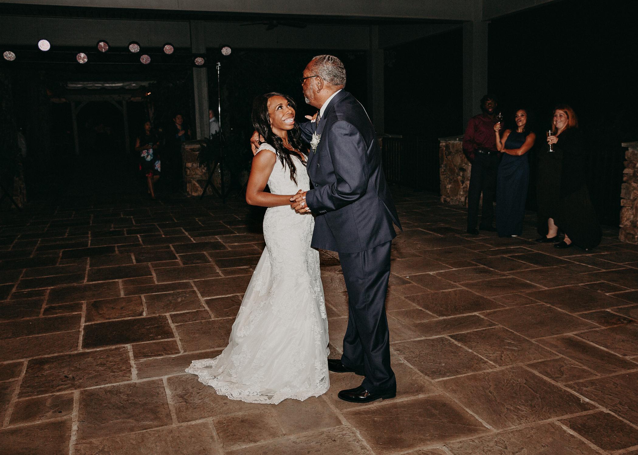 91- Kaya_vineyard_dahlonega_wedding_venue_detais_reception_aline_marin_photography.jpg
