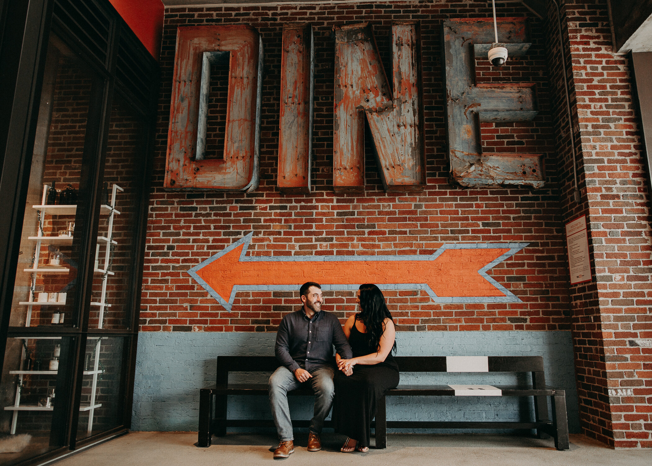 Aline_Marin_Photography_Ponce_City_Market_Atlanta_Ga_Engagement_Session_Ideas-4.jpg