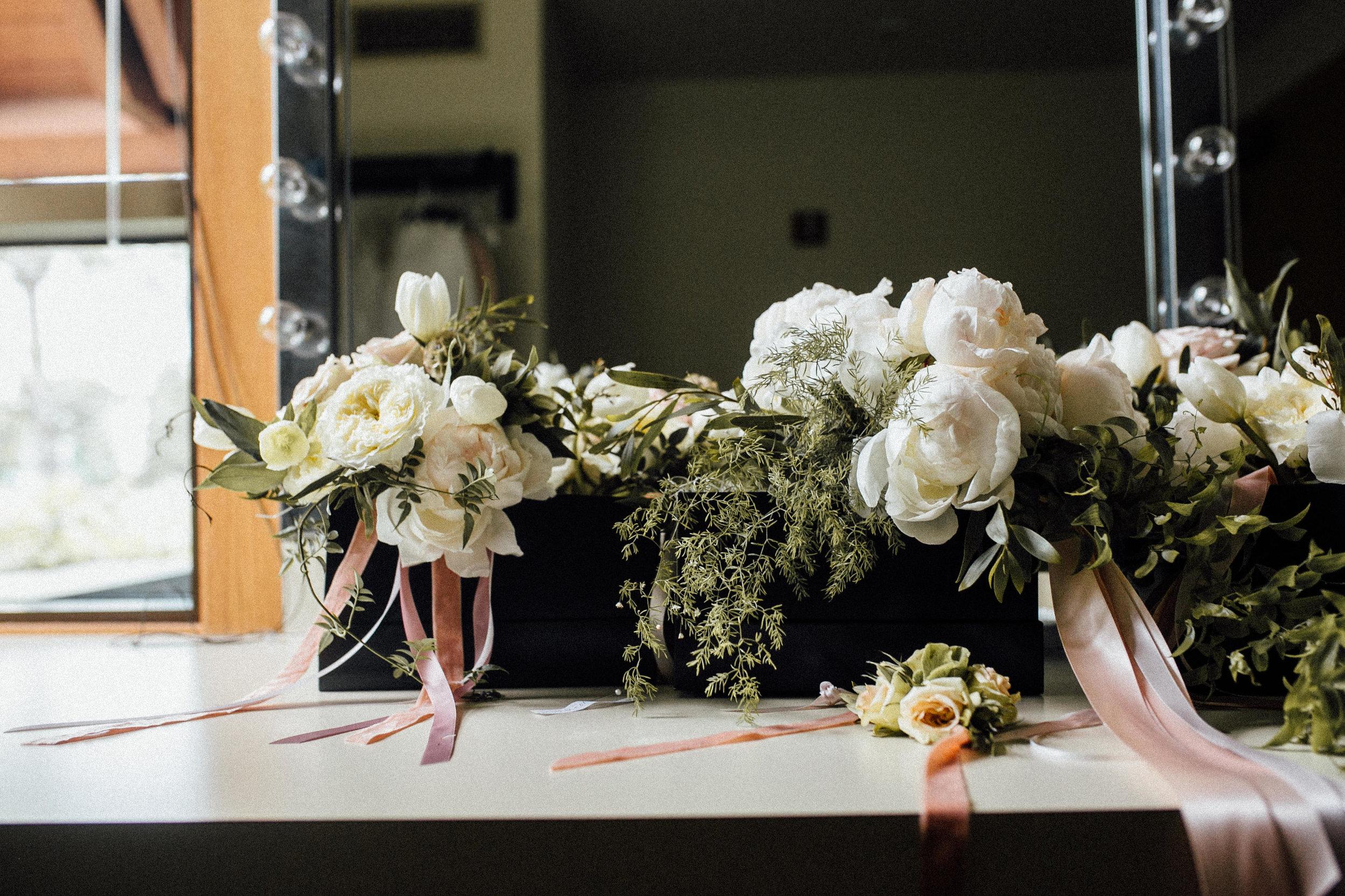 Whitney-Kevin-Preparations-Michigan-Wedding-Photographer-42.jpg