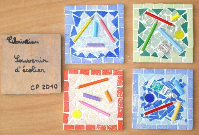 carrés mosaïque réalisés par les élèves